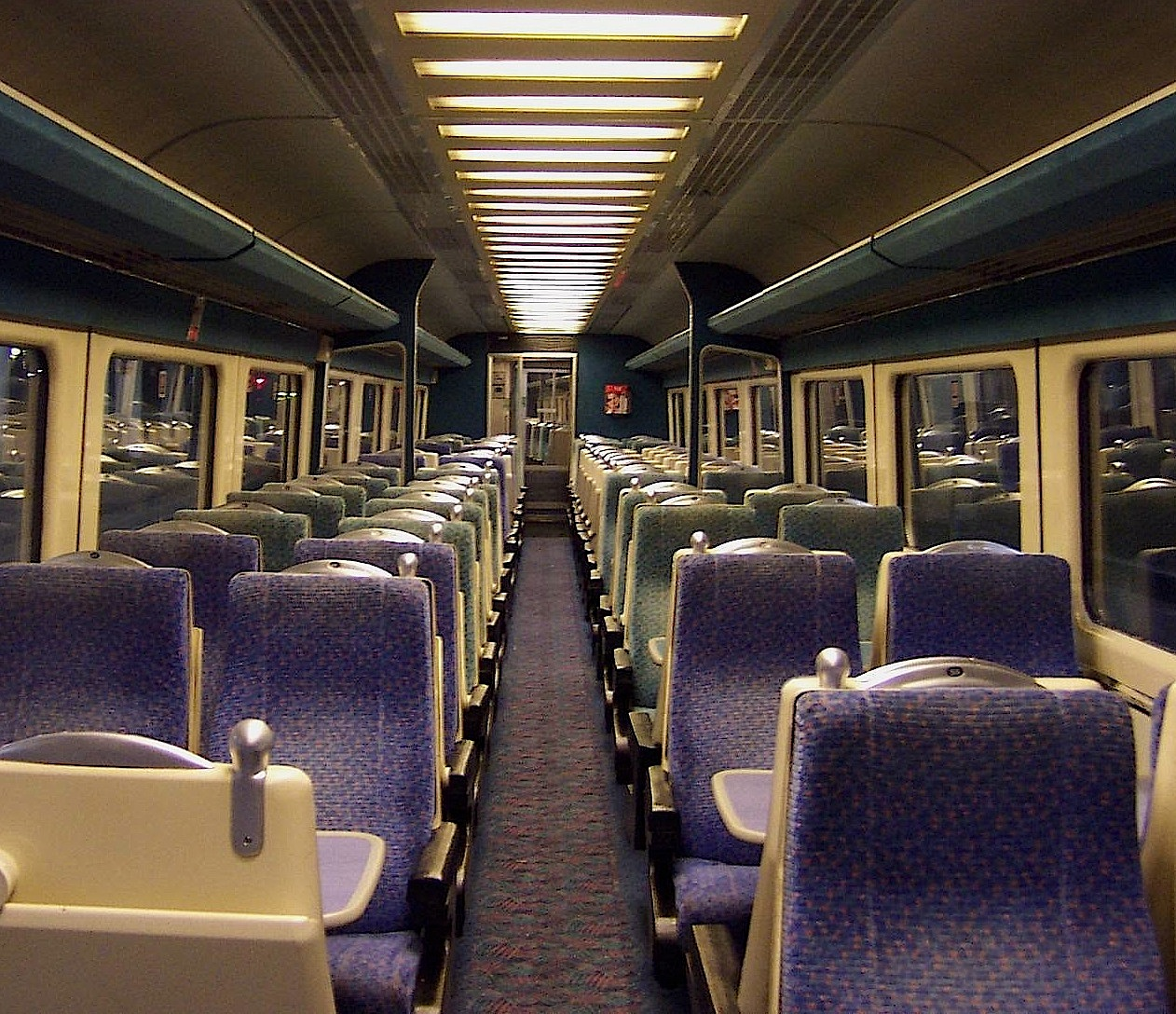 file virgin trains west coast mark 3a tso interior jpg wikimedia commons. Black Bedroom Furniture Sets. Home Design Ideas