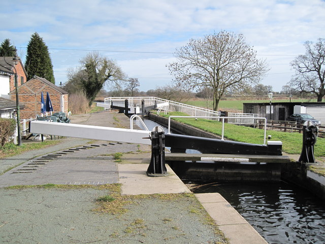 Willey Moor Lock - geograph.org.uk - 1195240