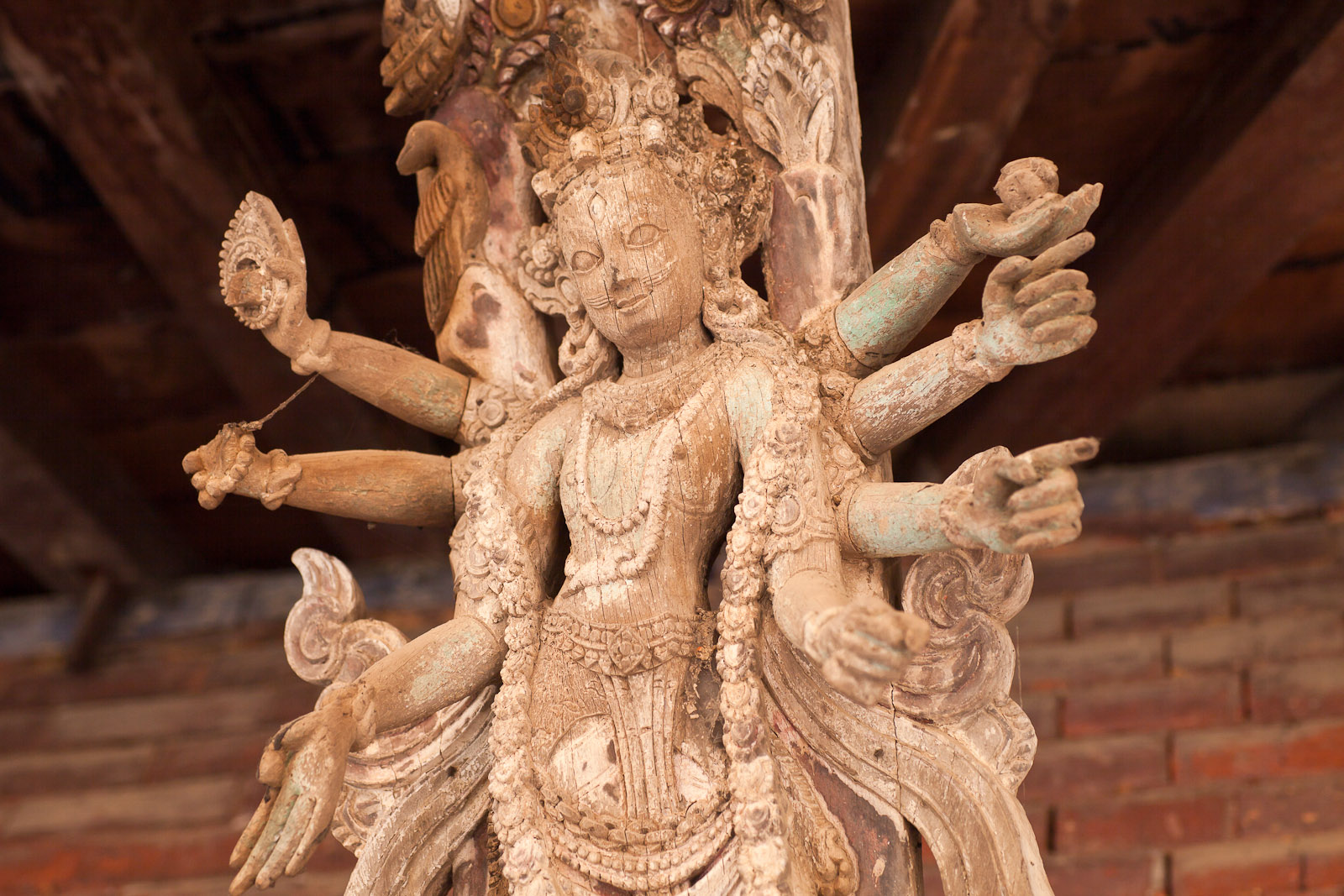 File:Wooden Carving on Roof Strut (5243833519).jpg - Wikimedia Commons