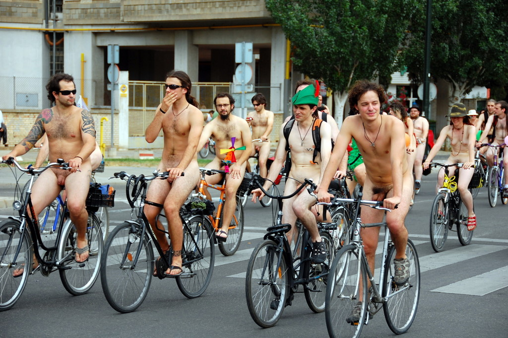 Theme Cyclist naked world something