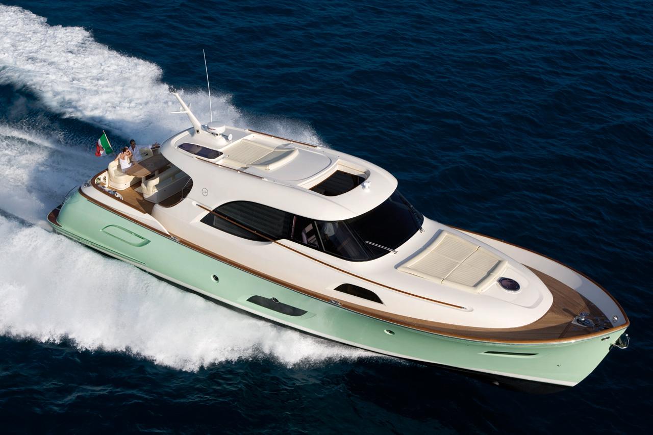 Yacht Mochi Craft M