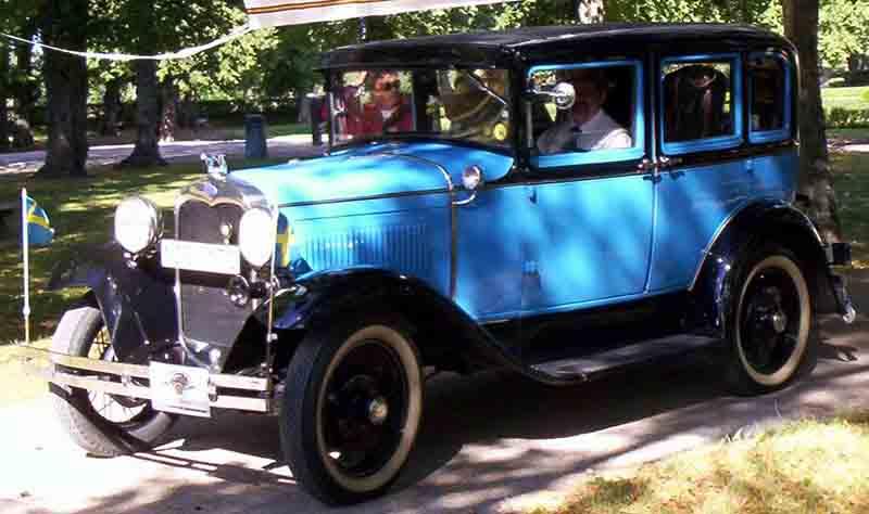 File 1930 ford model a 4 door sedan wikimedia commons for 1930 model a 4 door sedan
