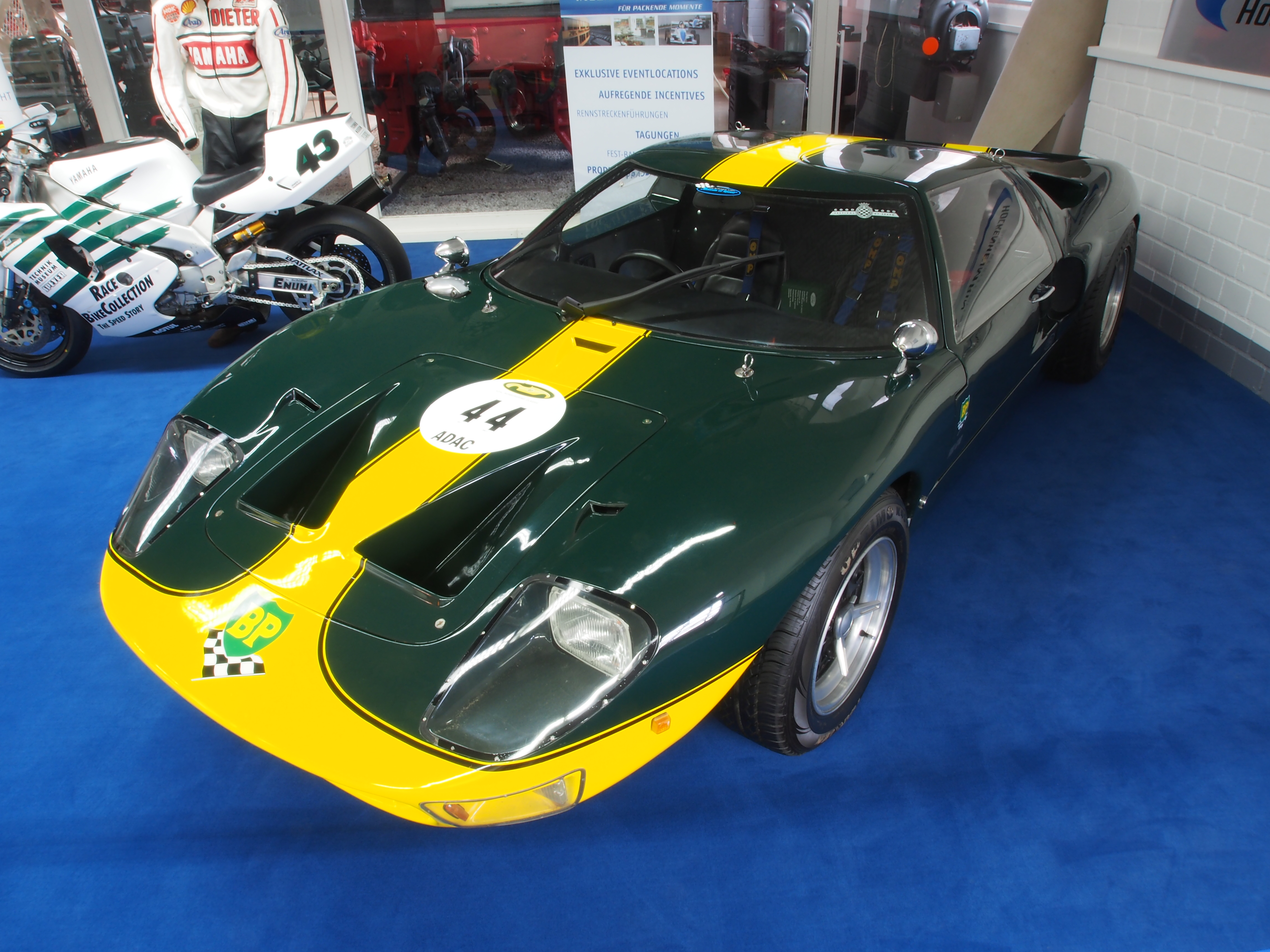 File Green Ford Gt Pic Jpg