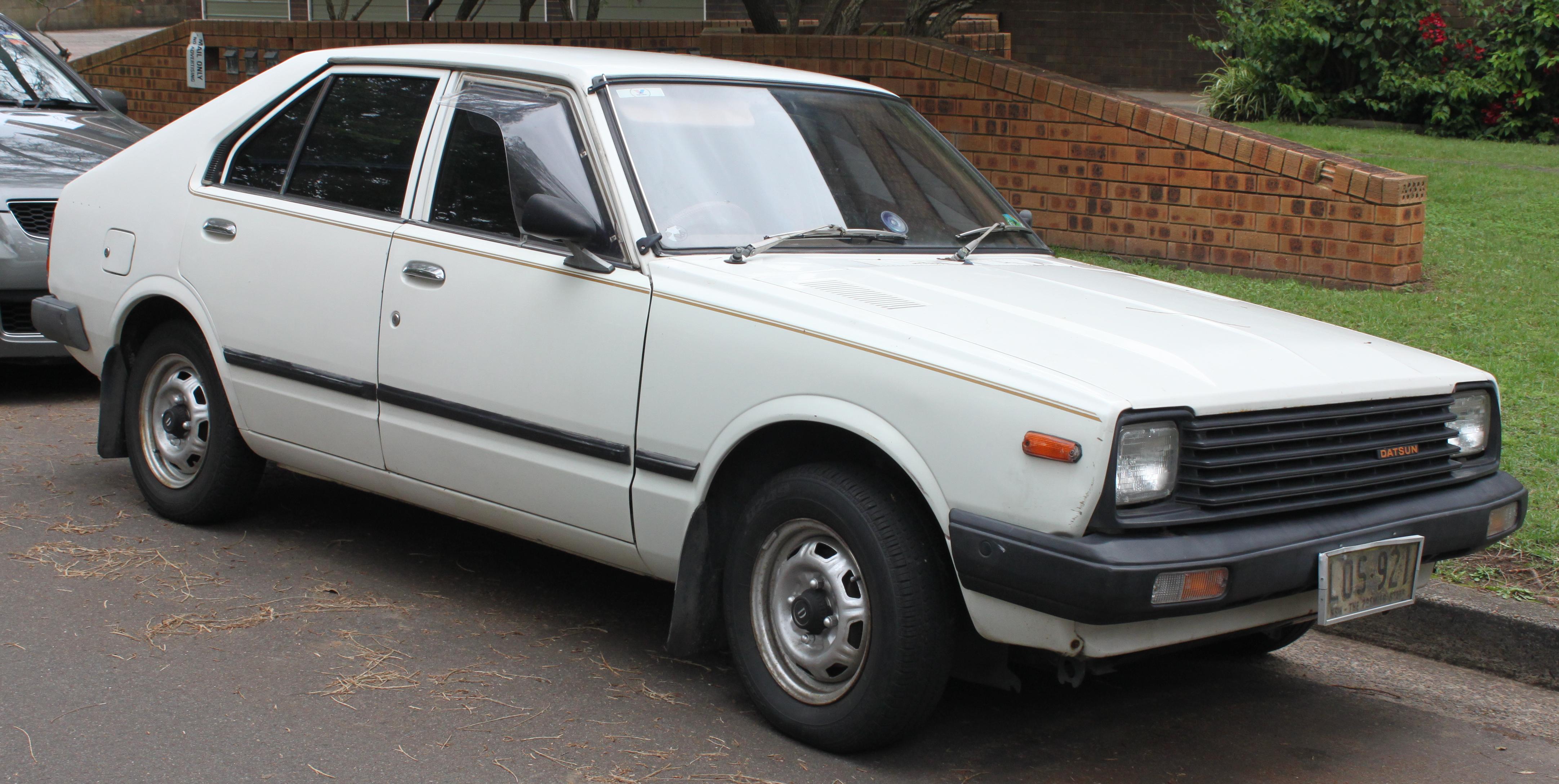 1981 Datsun Pulsar (N10 S2) TL 5-door hatchback (22515476134).jpg