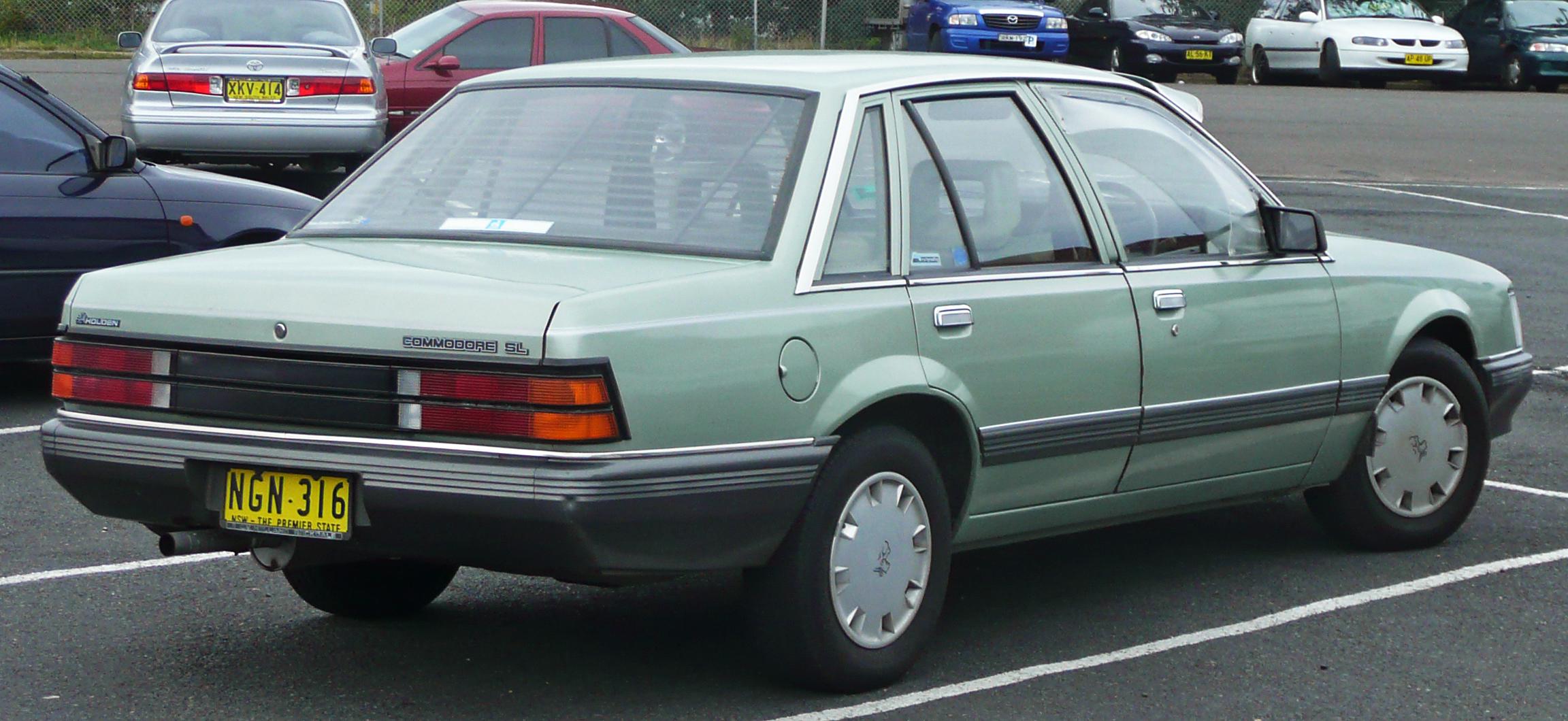 file19841986 holden vk commodore sl sedan 03jpg
