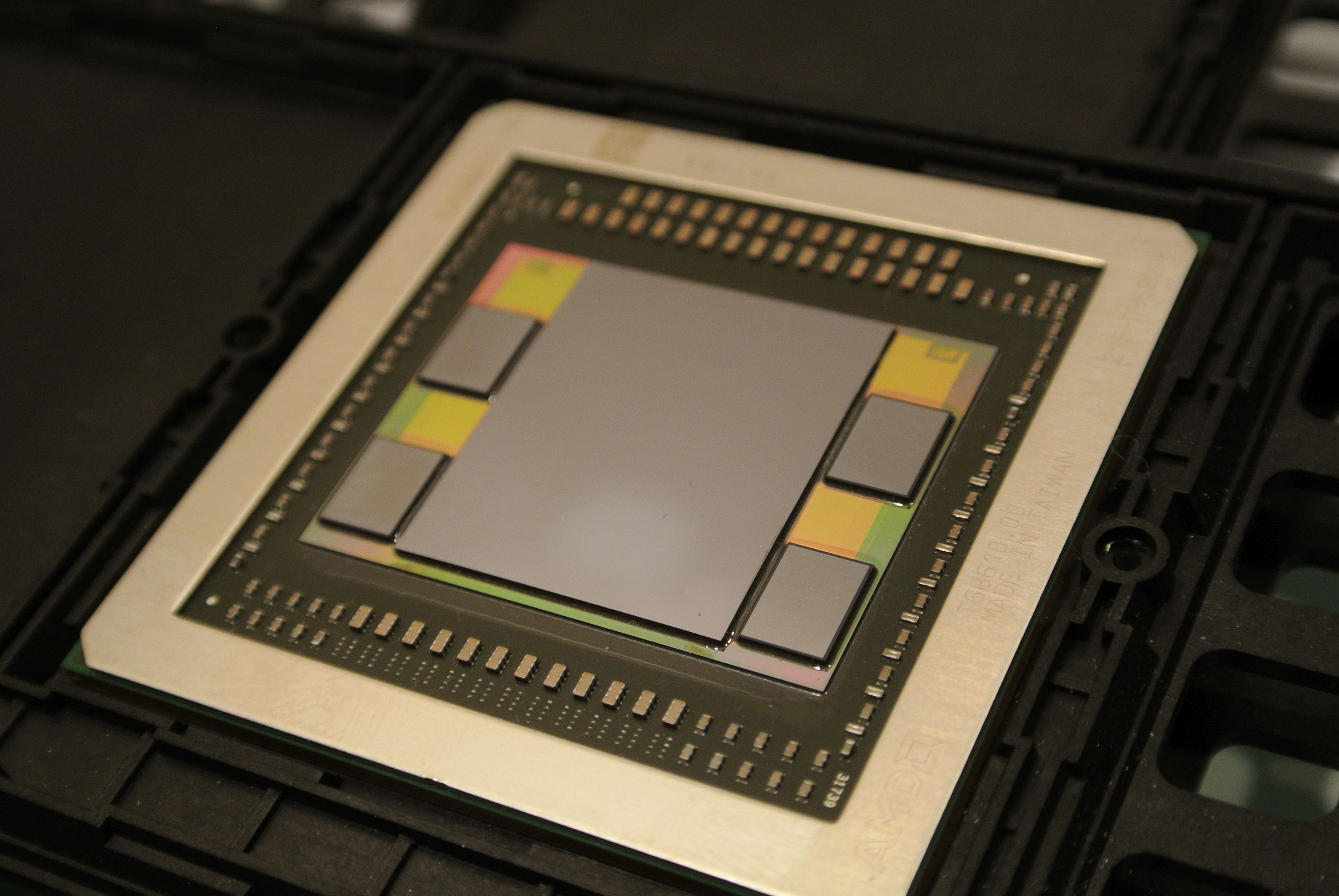 File:AMD Fiji GPU package with GPU, HBM memory and interposer.jpg ...