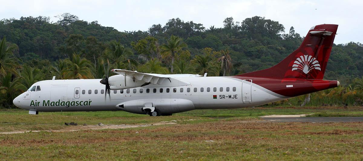 File Air Madagascar Atr 72 Ste Marie Jpg Wikimedia Commons