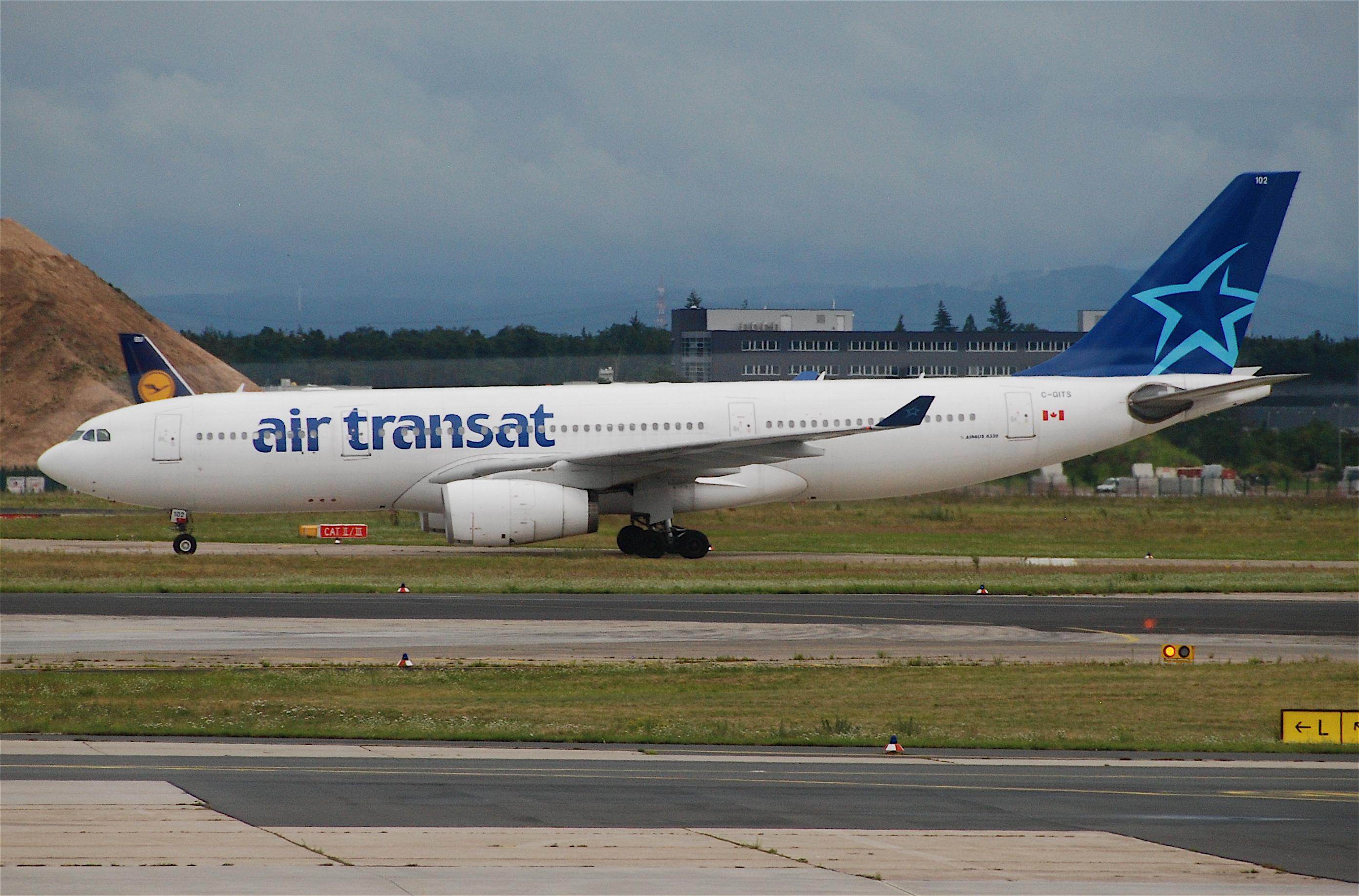 file air transat airbus a330 200 c gits fra 17 07 2011