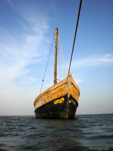 Tuticorin India  city images : Anchored Boat in Tuticorin, India Wikimedia Commons