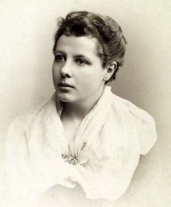 Annie Besant. Image courtesy NYPL via Wikimedia Commons.