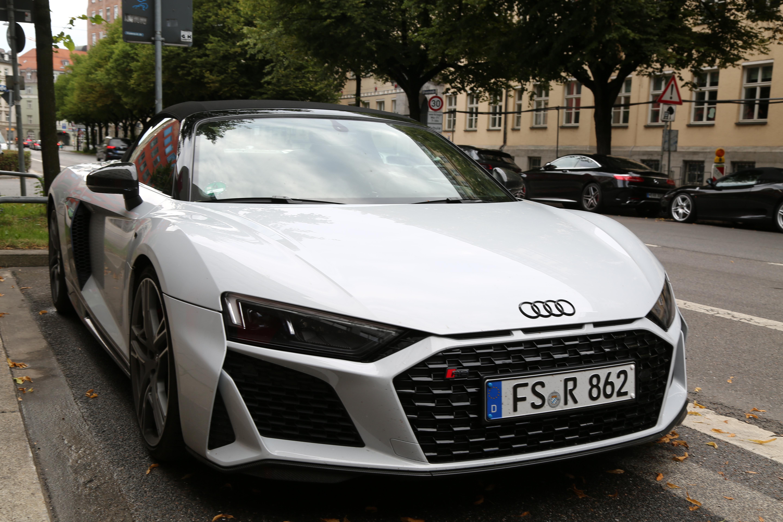 Kelebihan Kekurangan Audi R8 2019 Review