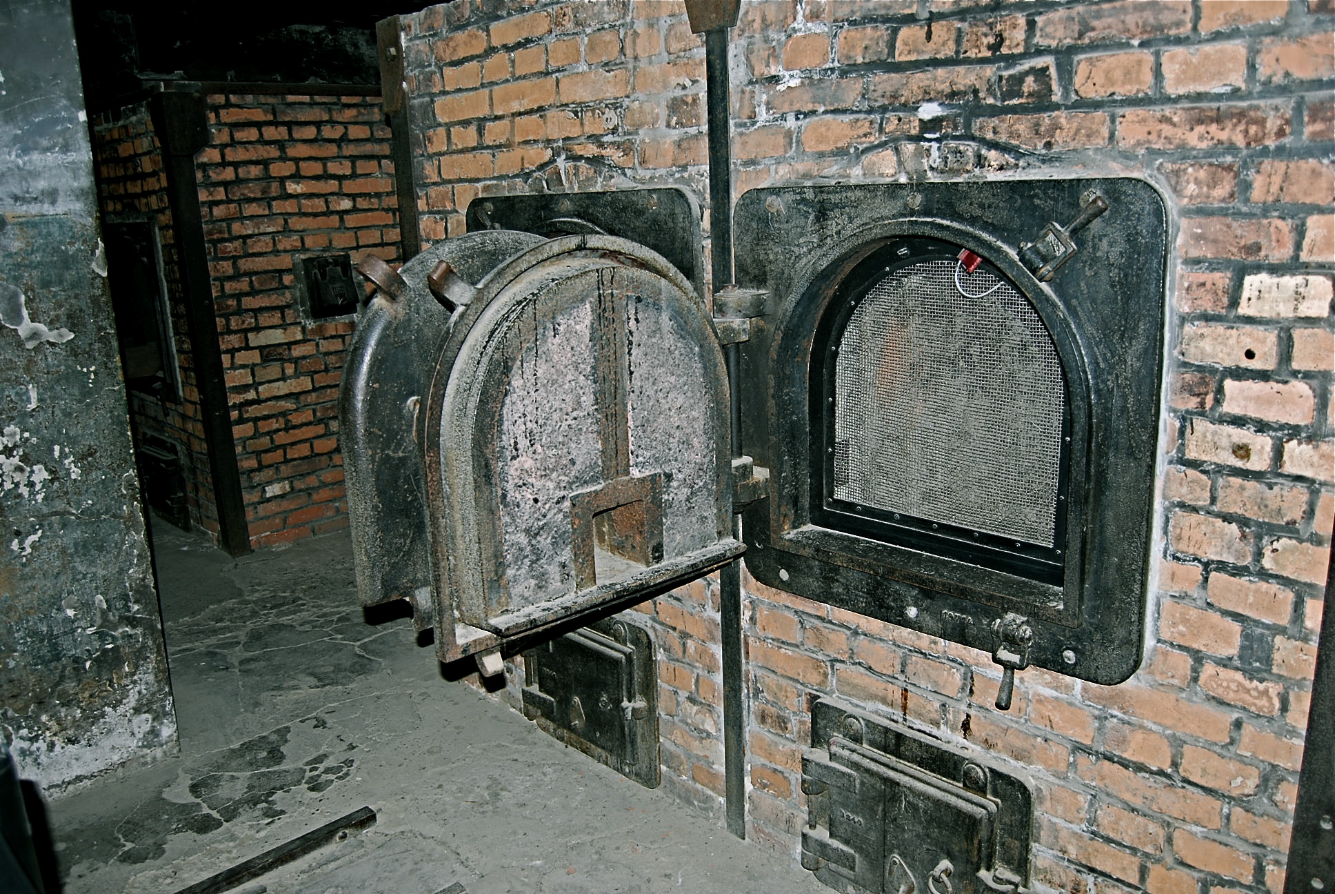 Auschwitz Tours From Budapest