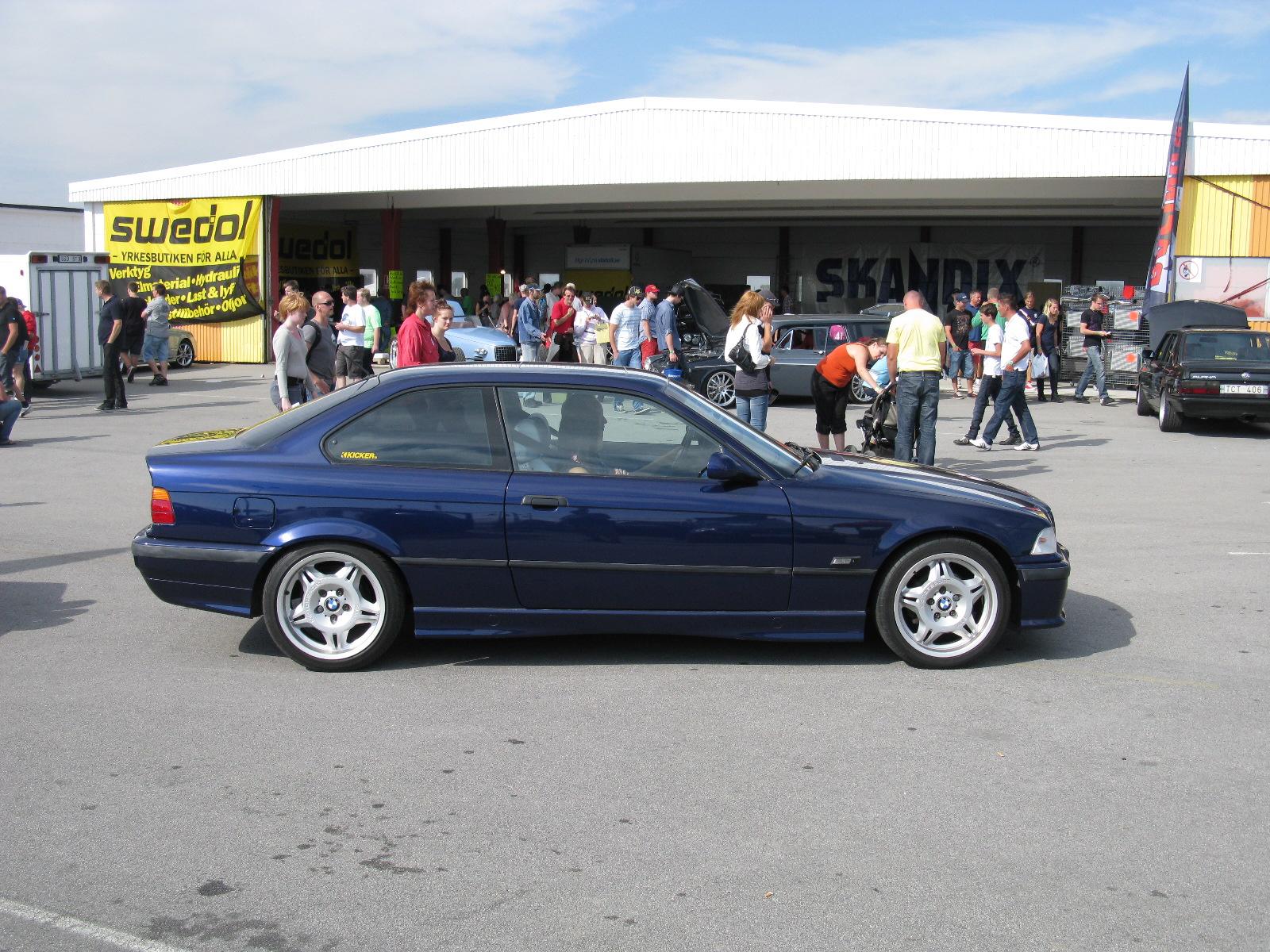File Bmw 328i Coupe E36 6179339390 Jpg Wikimedia Commons