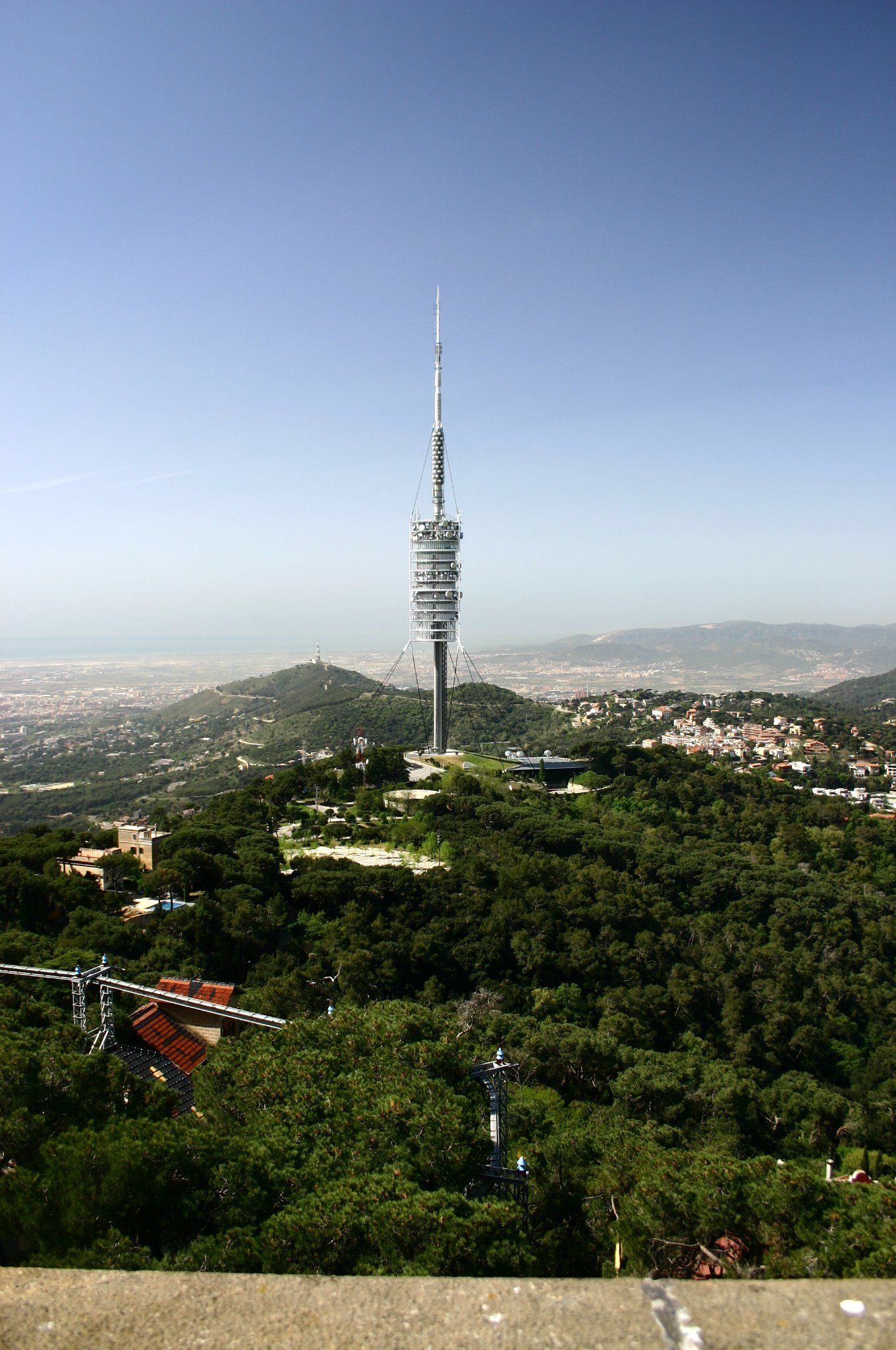 Torre Collserola (From Wikipedia.es, under GFDL License)
