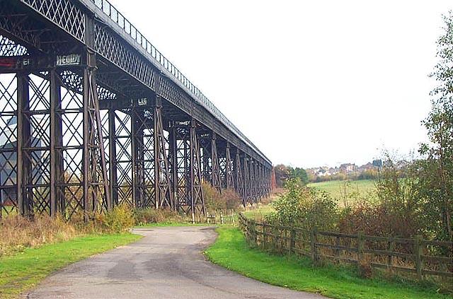 Bennerley Viaduct - geograph.org.uk - 15955