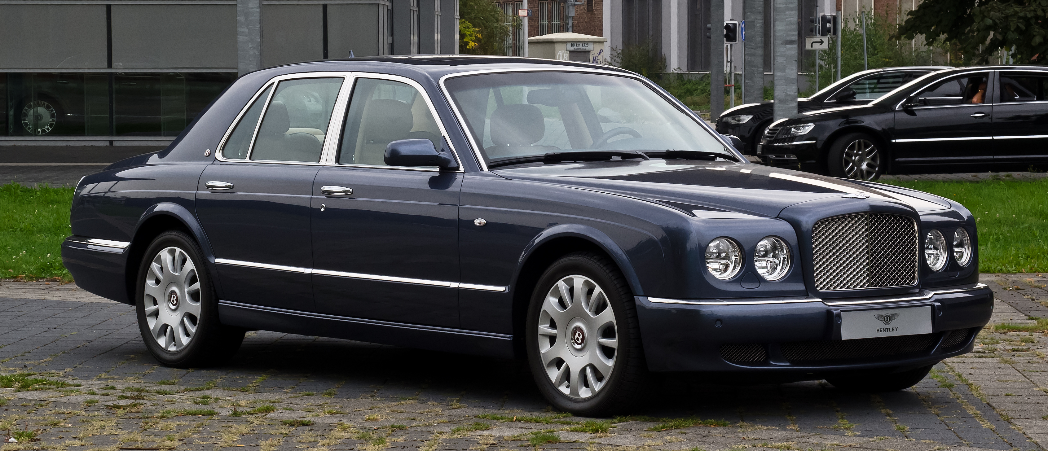 2002 bentley arnage r related infomationspecifications weili filebentley arnage r facelift frontansicht 4 3 vanachro Choice Image