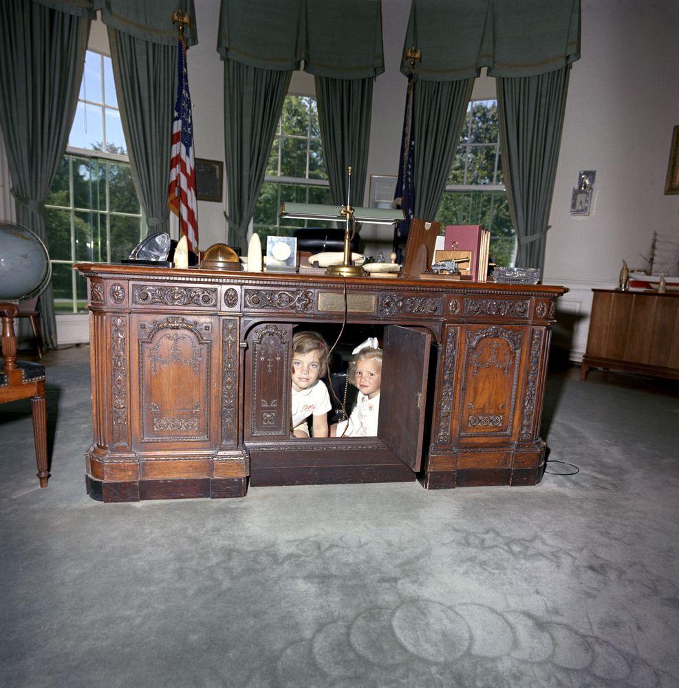 oval office desk. File:Caroline Kennedy Kerry Resolute Desk A.jpg Oval Office