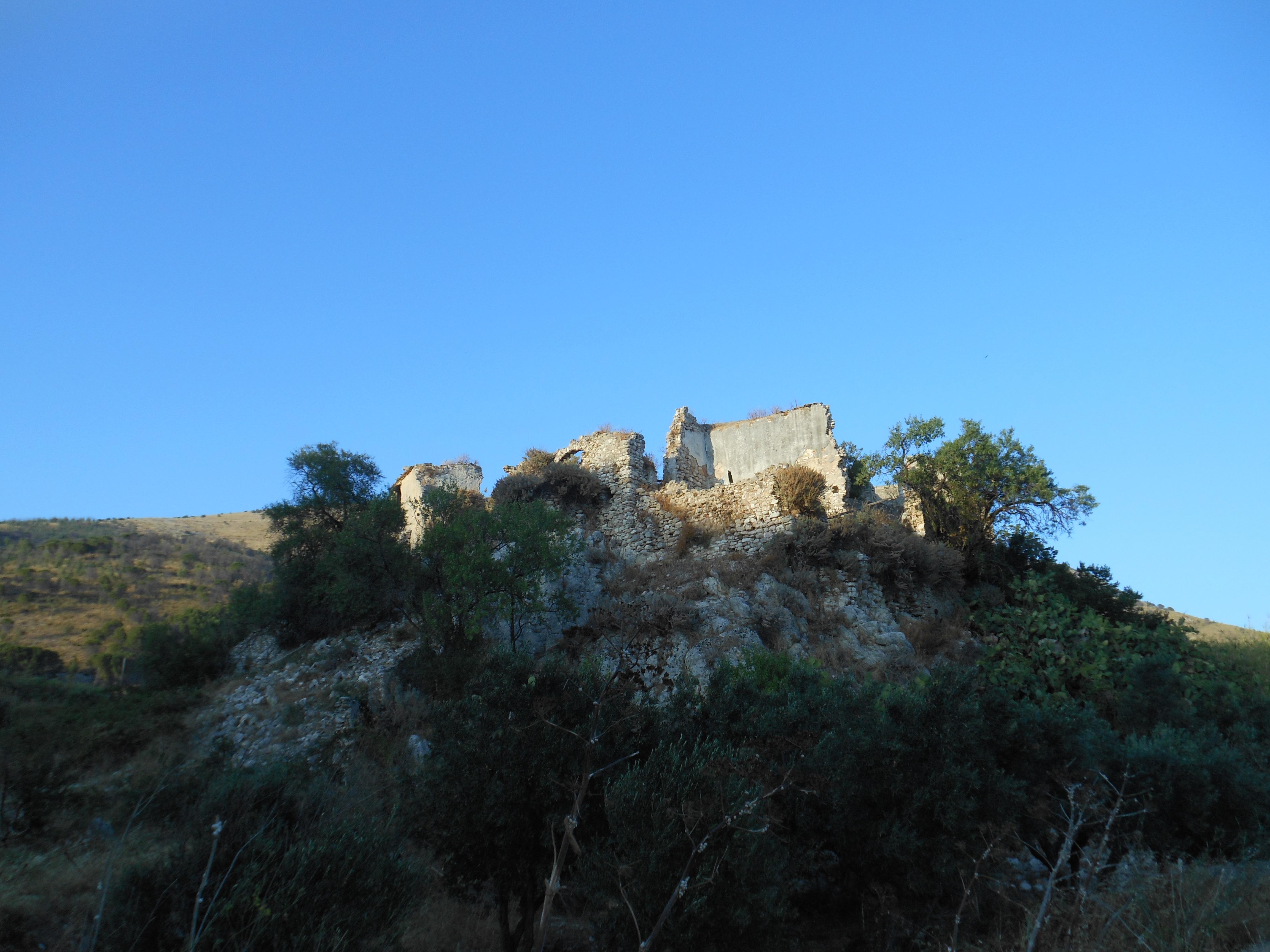 Castello di Inici.JPG