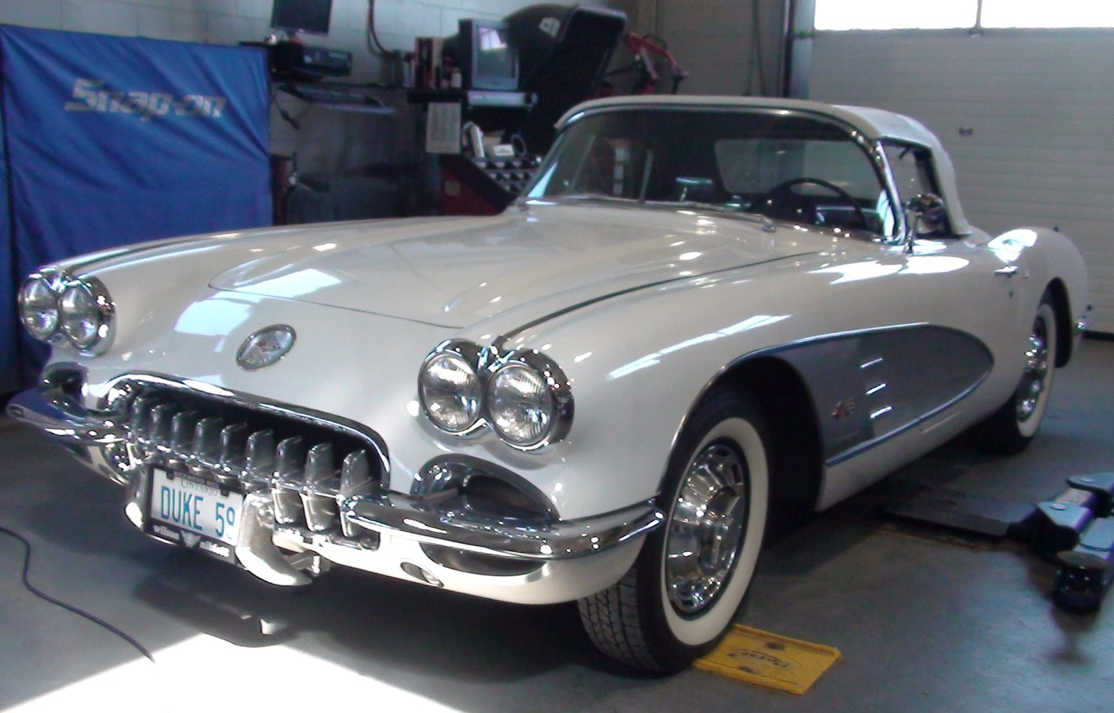 File Chevrolet Corvette Classic Flickr Stradablog Jpg Wikimedia Commons