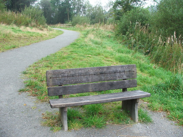 Commemorative Bench at Wistlandpound - geograph.org.uk - 1498559