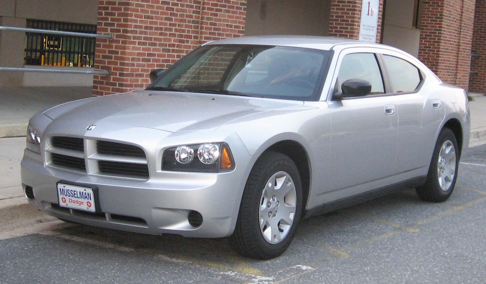 Description Dodge Charger SE.JPG