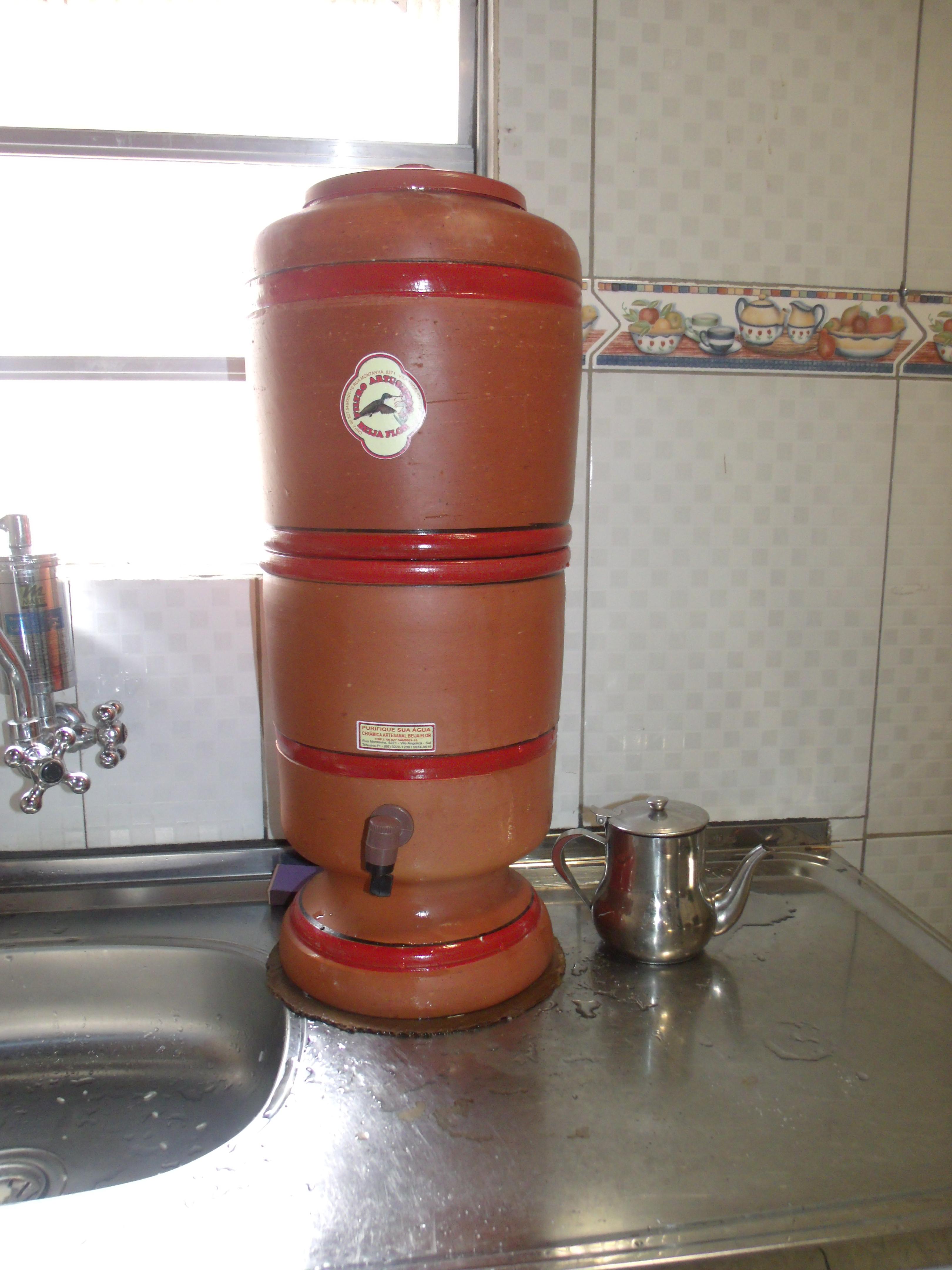 Filtro artesanal de Teresina - Qual a diferença entre filtrar água e purificar água?