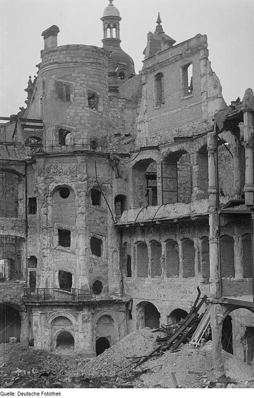 Architekturfotograf Dresden file fotothek df roe neg 0000667 004 innenhof des zerstörten