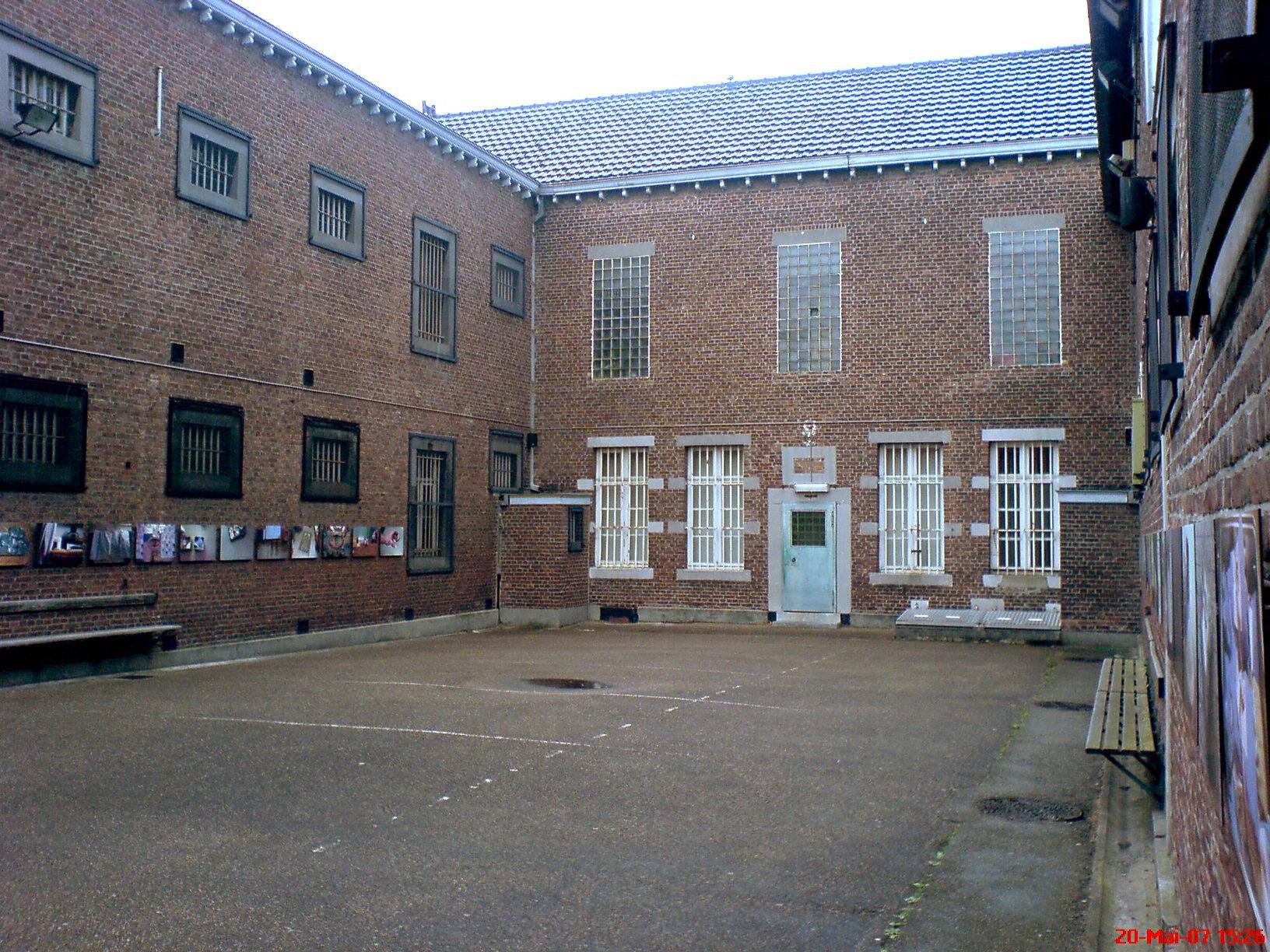 Tongeren Belgien file gefängnis tongeren belgie jpg wikimedia commons