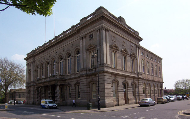 Grimsby Town Hall - geograph.org.uk - 310087