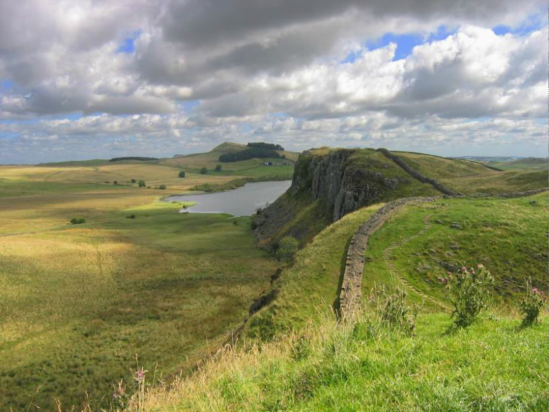 Hadrian's wall in the area between Housesteads and Once Brewed.