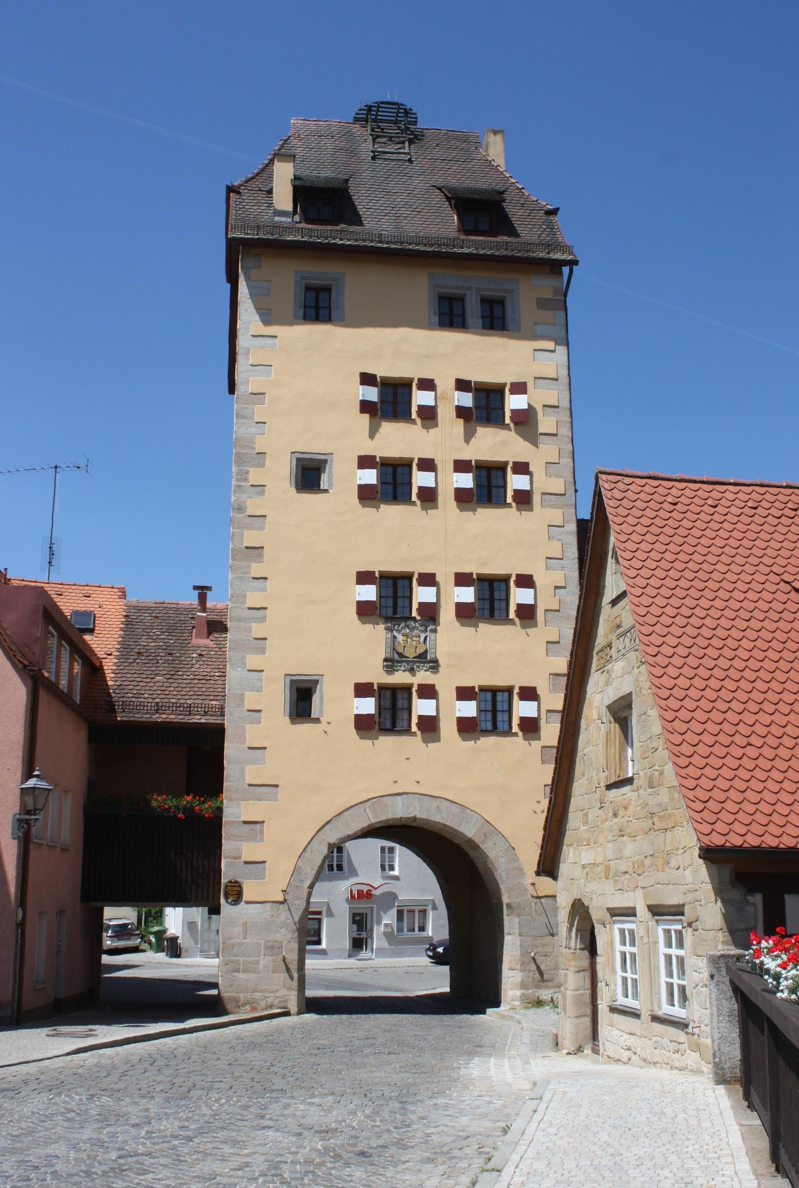 File:Hersbruck, Das Wassertor (Außenseite)