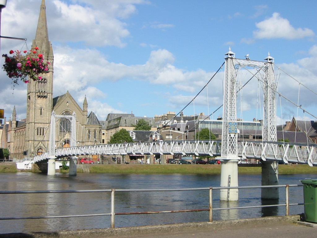 Inverness Ness Footbridge 15760.JPG