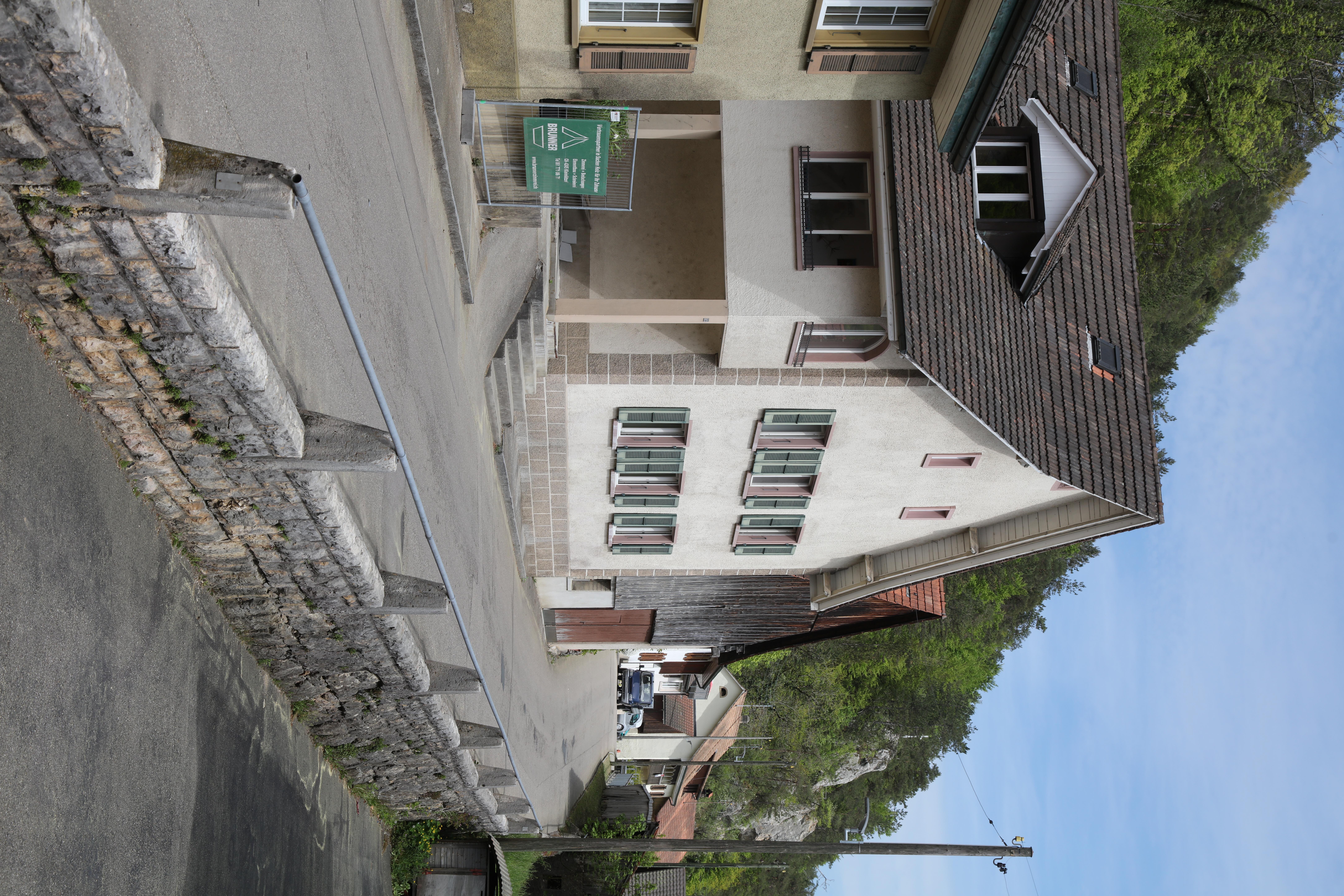 File:Kleinlützel Dorfstrasse Nr74 1K4A9887.jpg - Wikimedia Commons