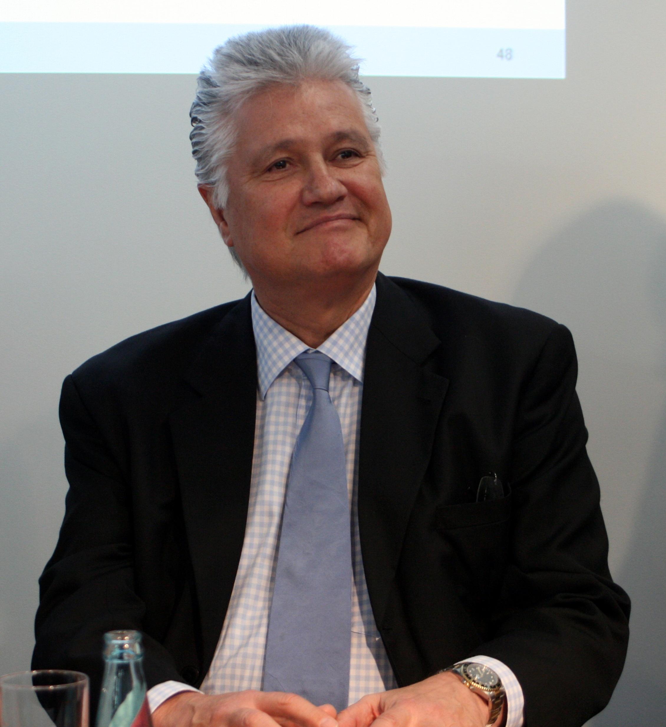 Guido Knopp Größe