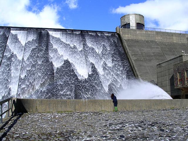 Llys-y-fran reservoir - geograph.org.uk - 59350