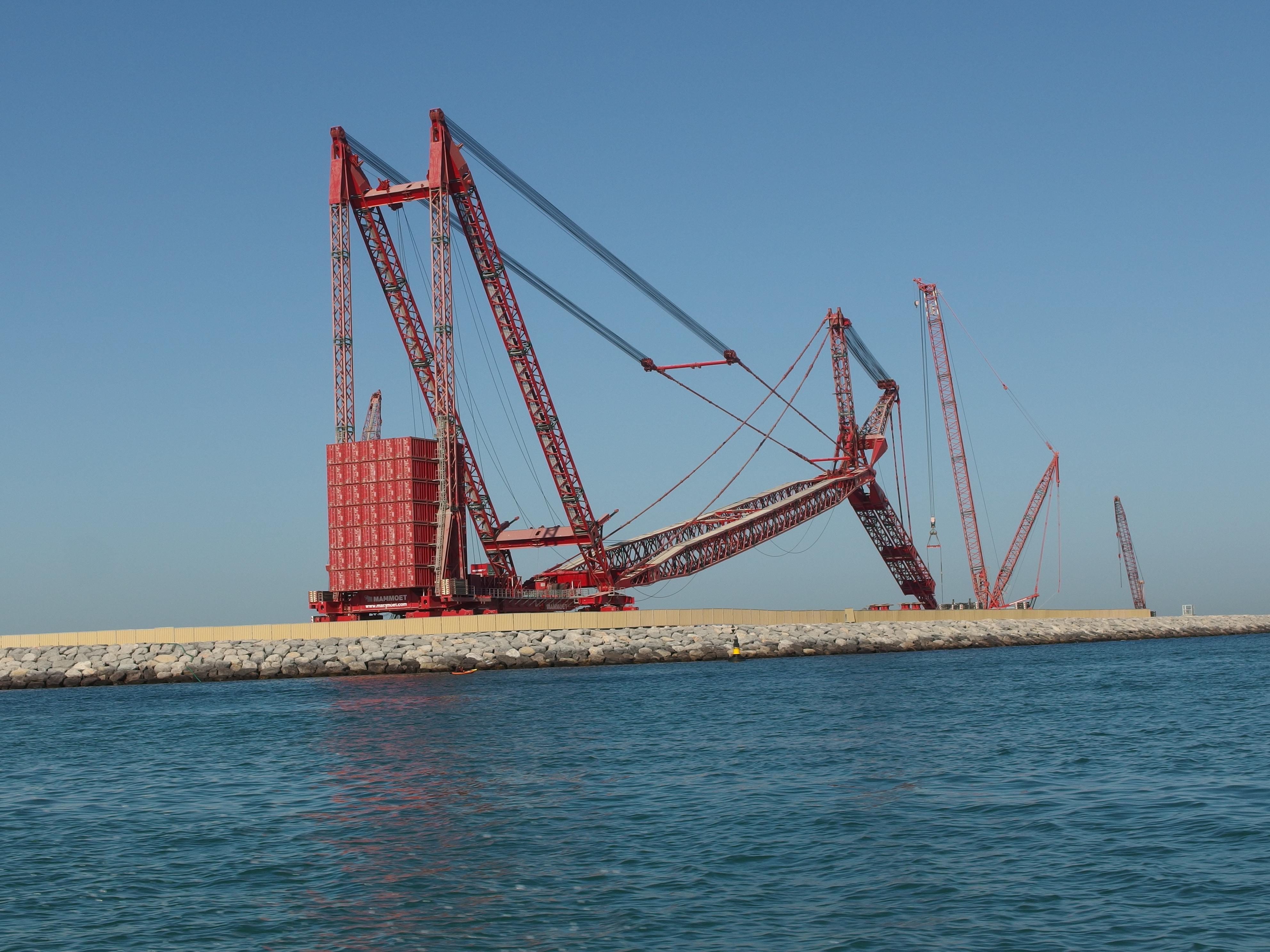 Mobile Crane Dubai : Image gallery mammoet crane
