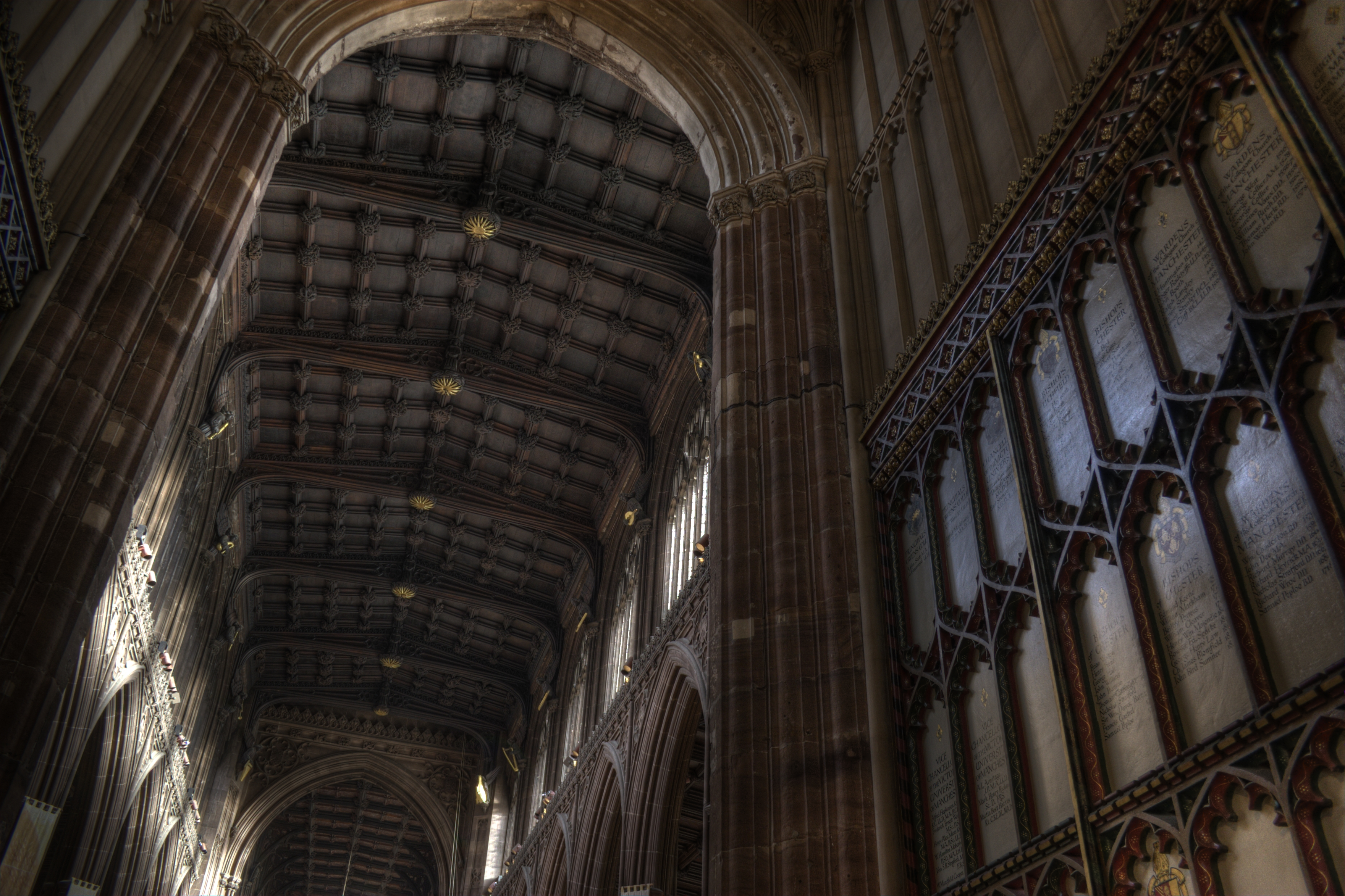 Manchester cathedral for Images of cathedral ceilings