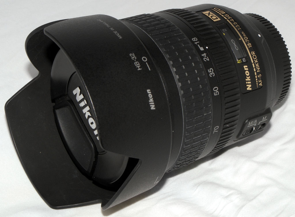 AF-S DX Zoom-Nikkor 18-70mm f/3 5-4 5G ED-IF[1]