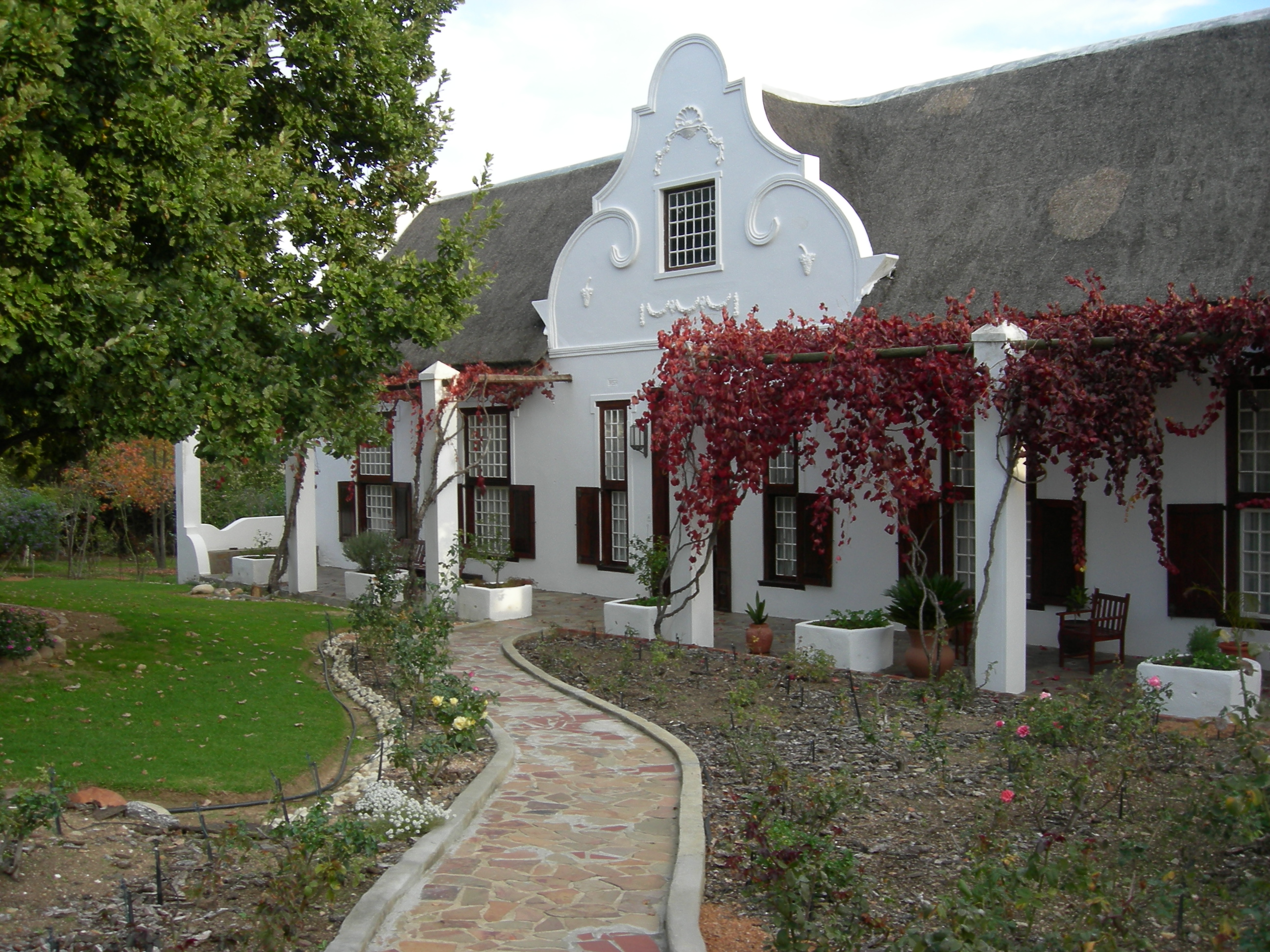 File old house in wikimedia commons for Sa old house music