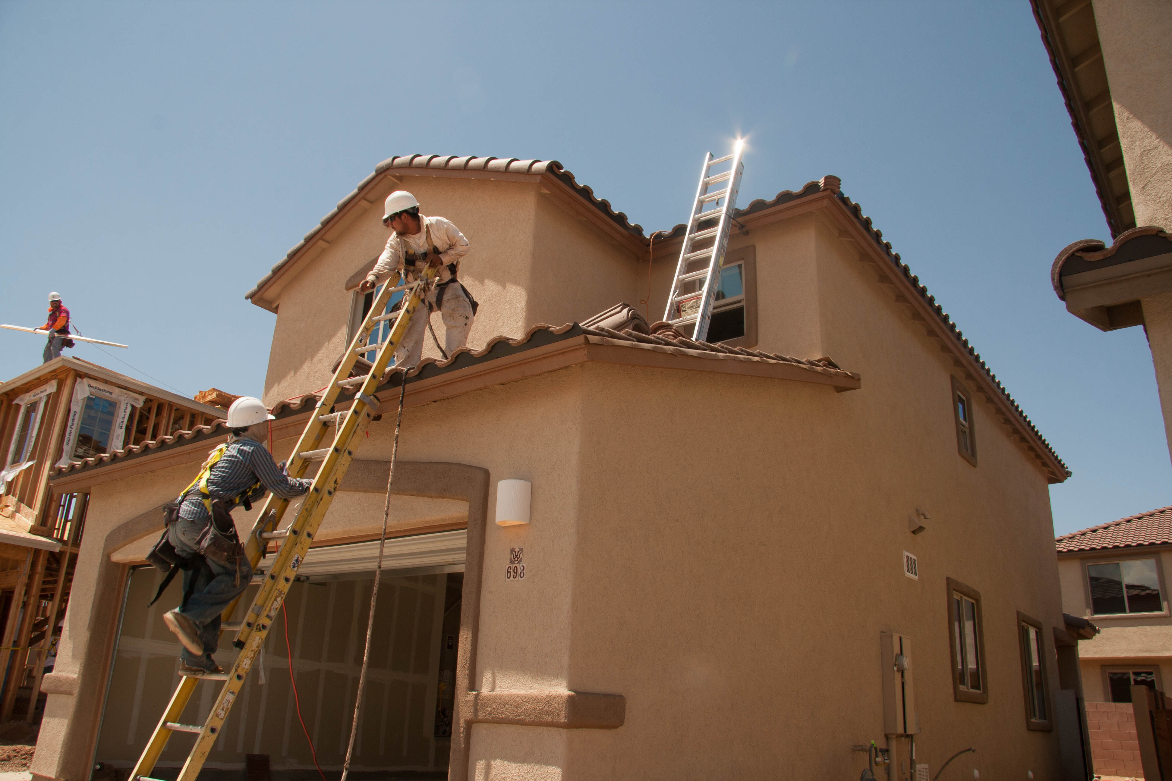File:Residential construction site - fall prevention ...