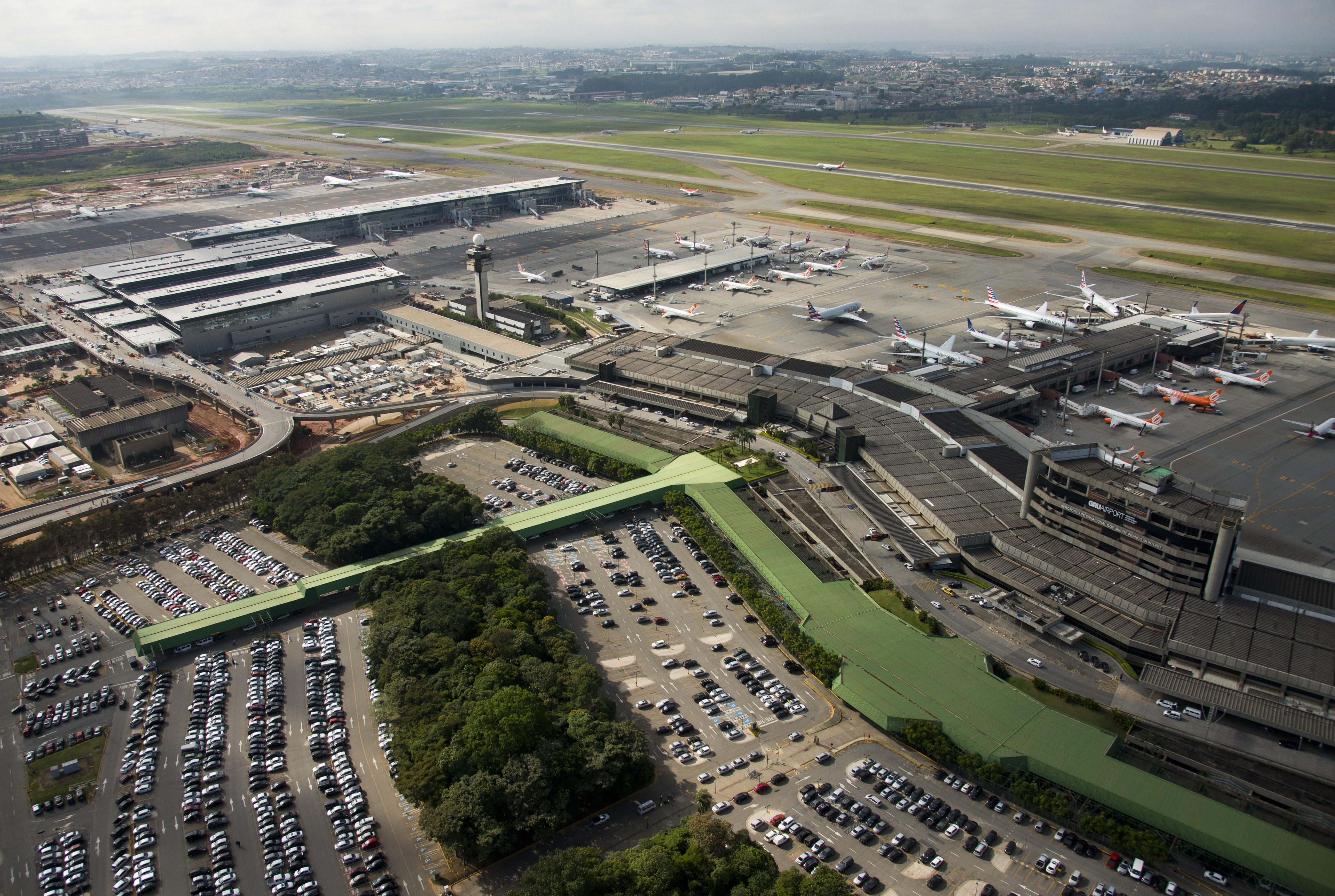 Resultado de imagem para aeroporto cumbica fotos