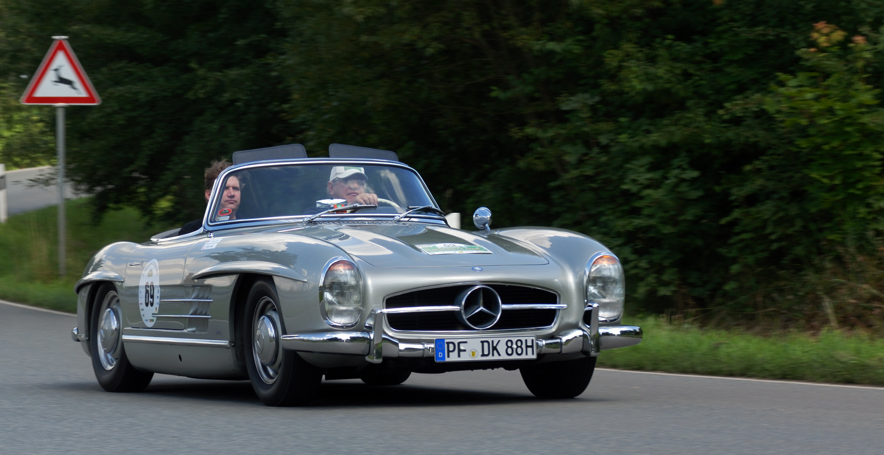 File saxony classic rallye 2010 mercedes benz 300 sl for Rally mercedes benz