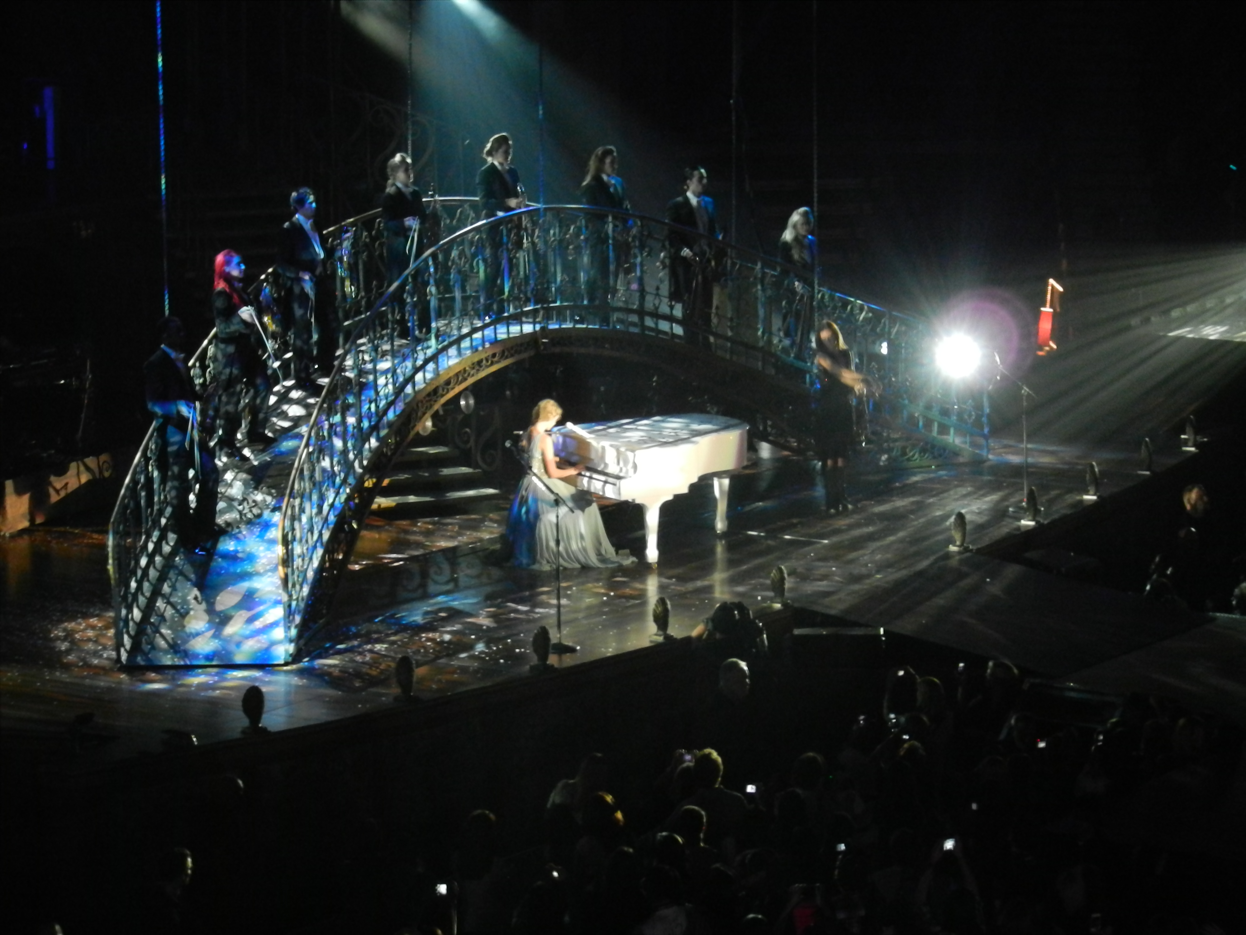 File Taylor Swift Back To December Speak Now Tour In Vancouver Jpg Wikimedia Commons