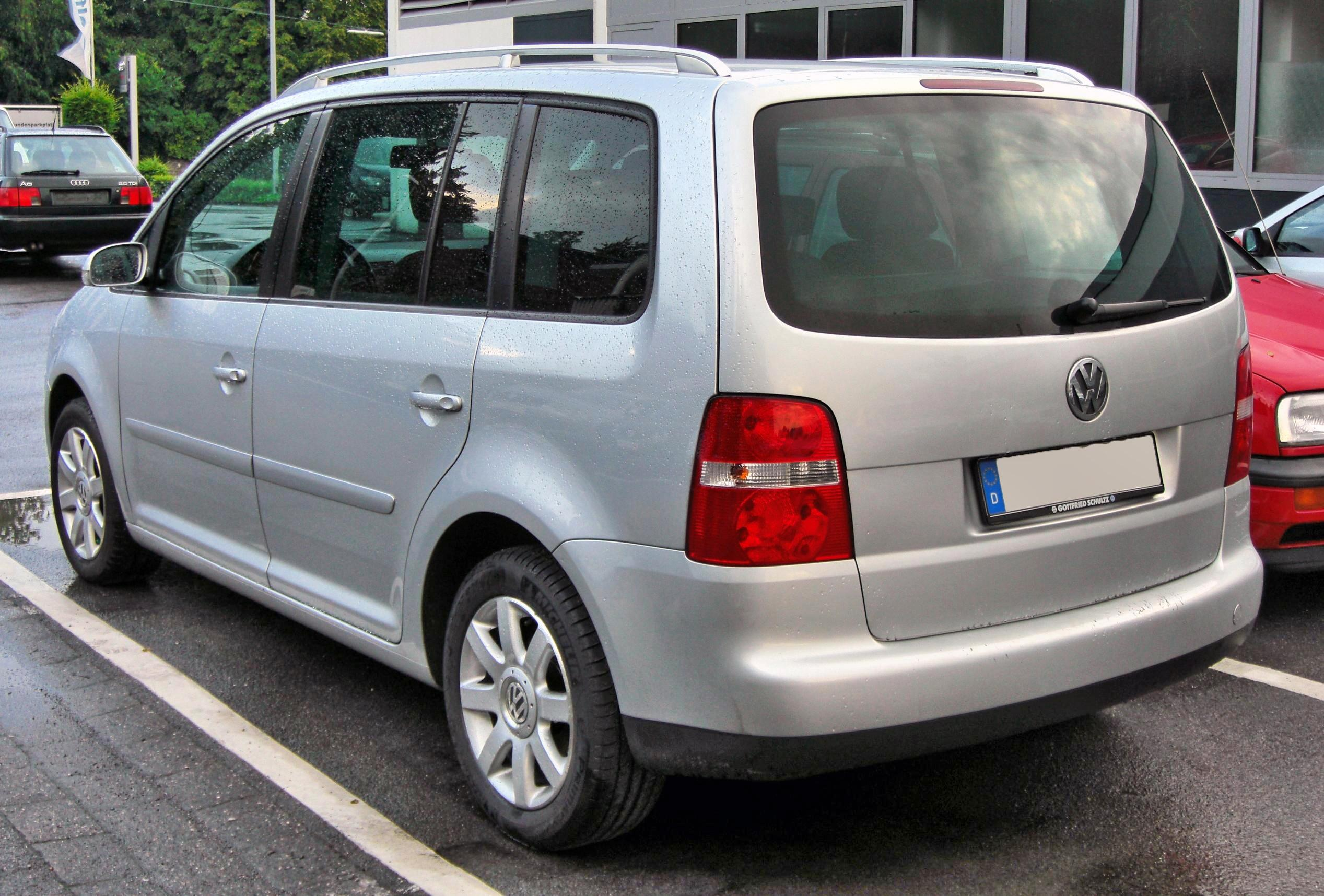 datei vw touran 20090611 rear jpg wikipedia. Black Bedroom Furniture Sets. Home Design Ideas