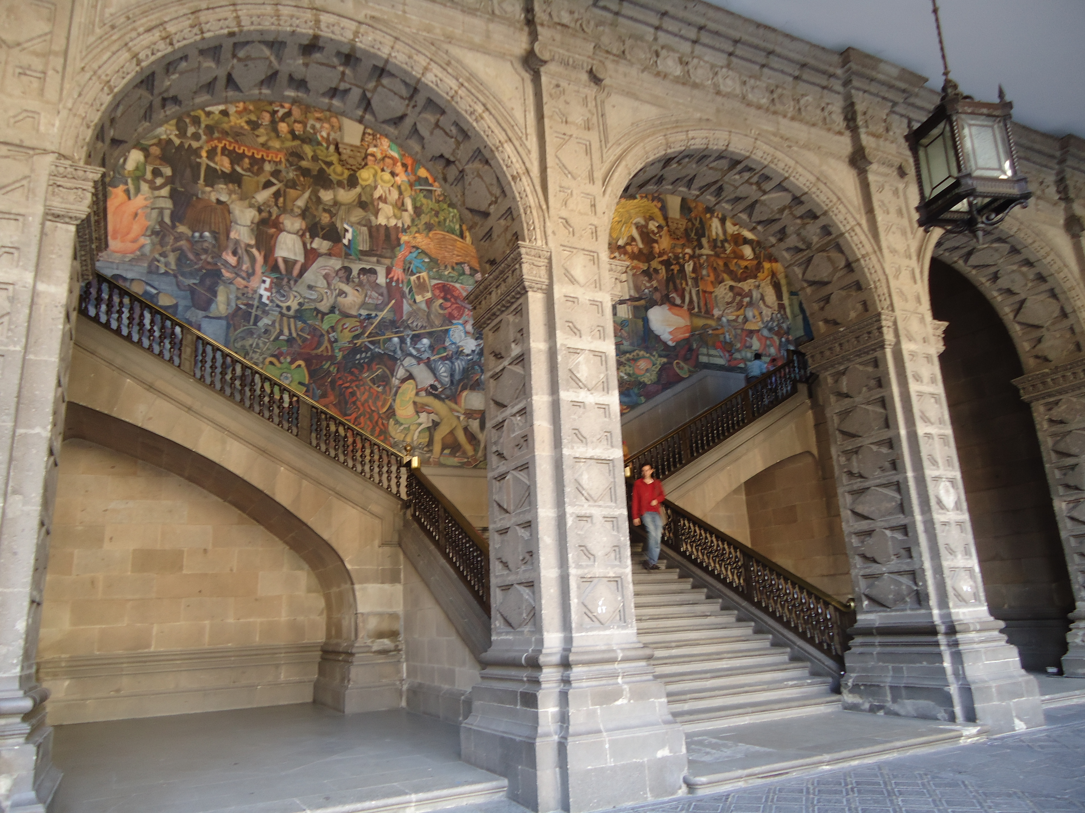 File view on the staircase with rivera mural palacio for Diego rivera mural palacio nacional