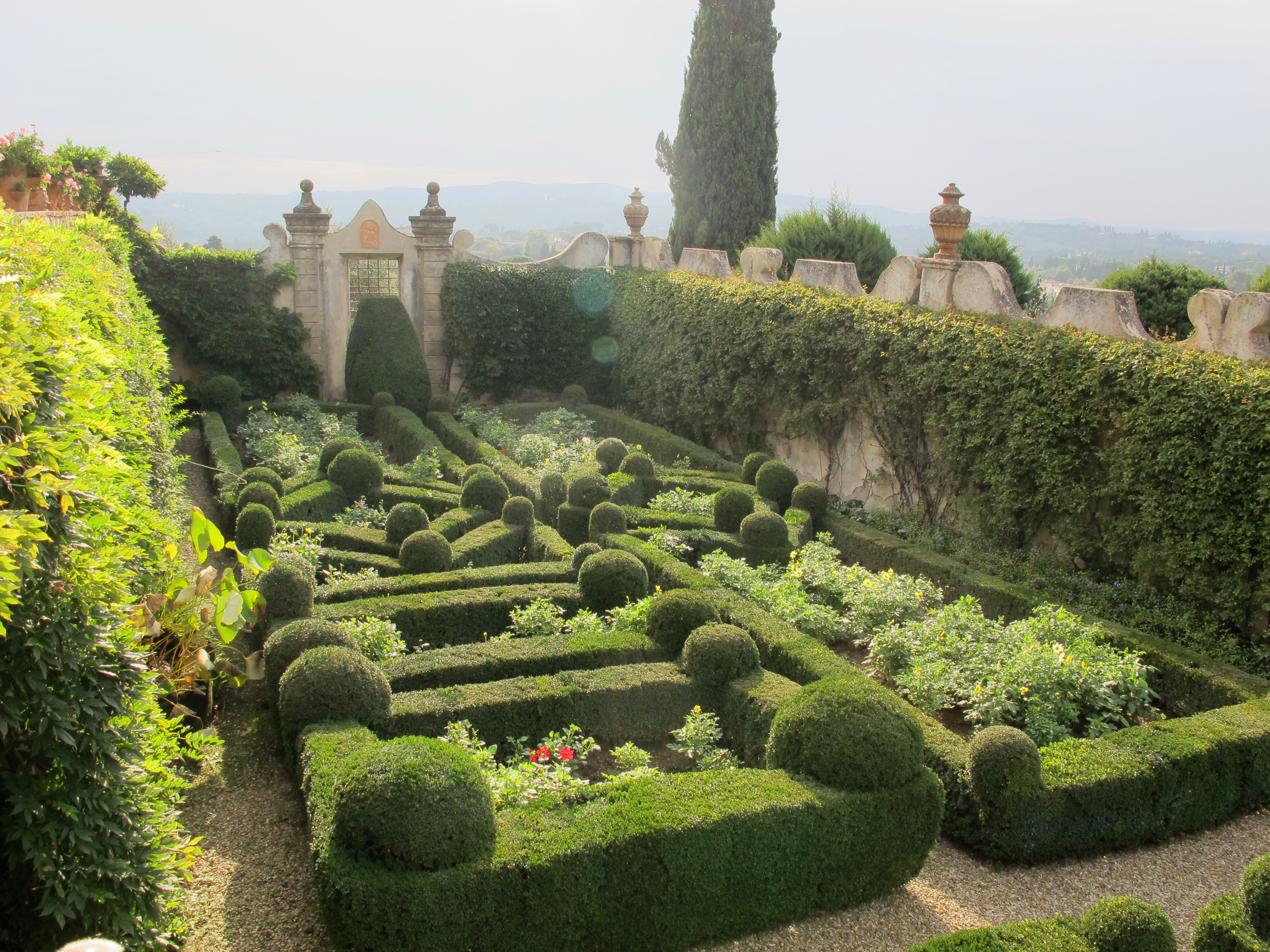 File Villa Capponi Giardino Segreto 02 Jpg Wikimedia