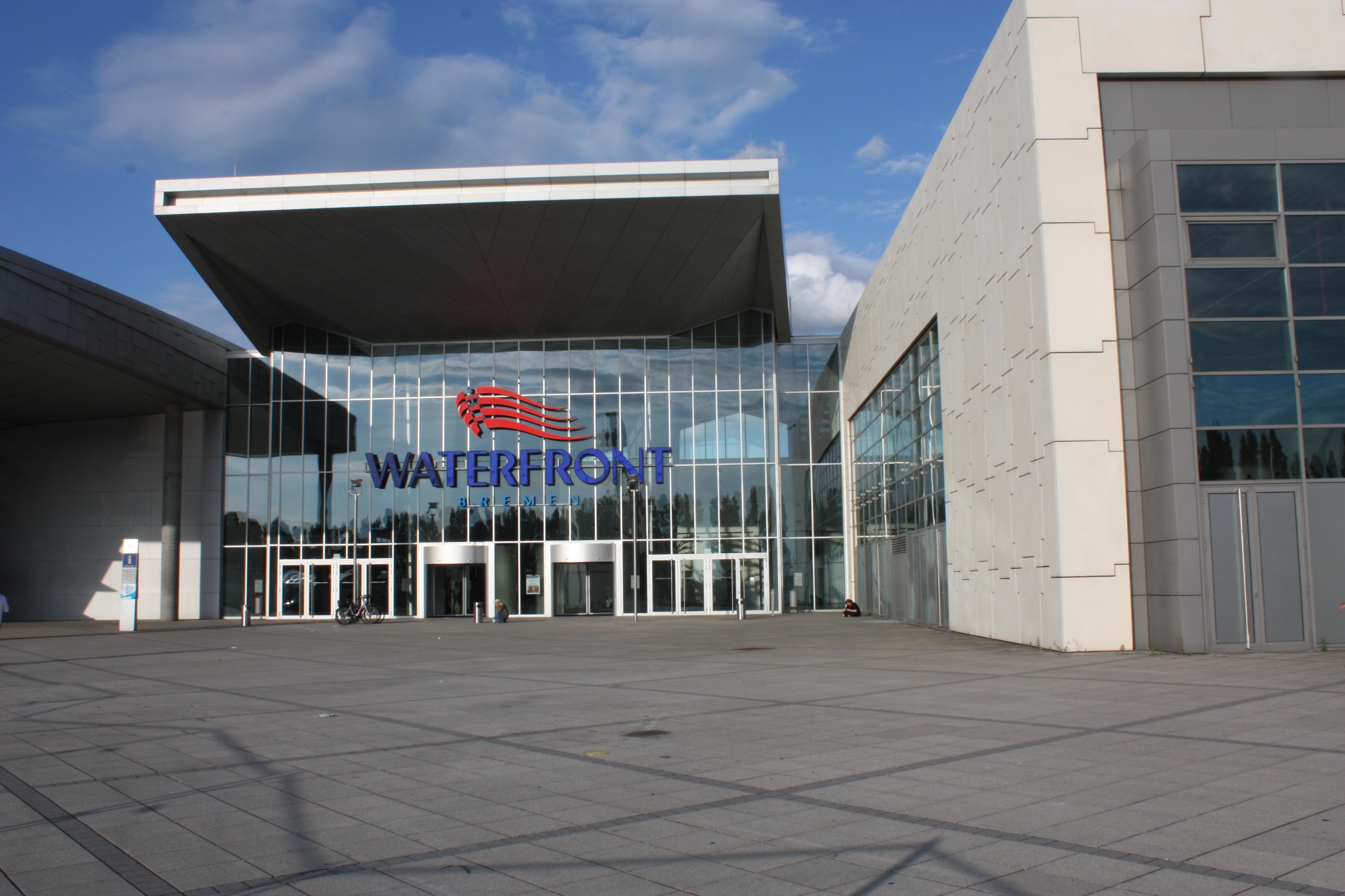 Waterfront Bremen Abgebrannt