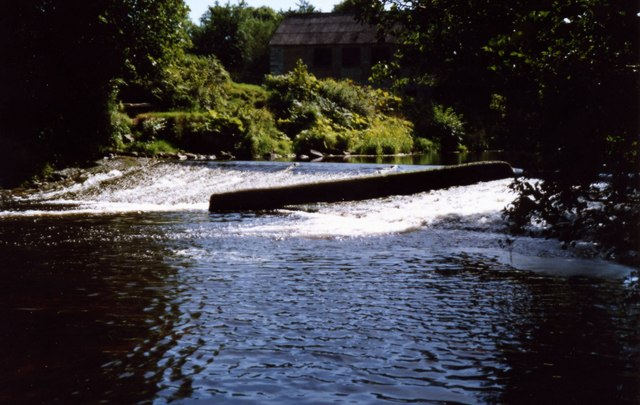 Weir in the Roe Valley Country Park, Limavady. - geograph.org.uk - 542088