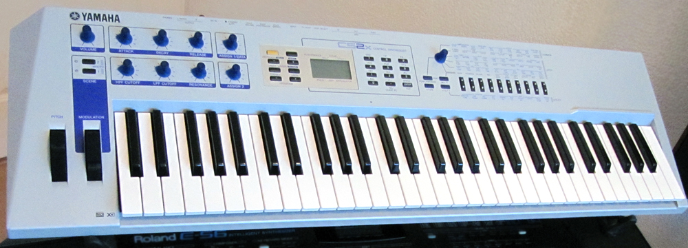 Yamaha CS2x - Wikipedia