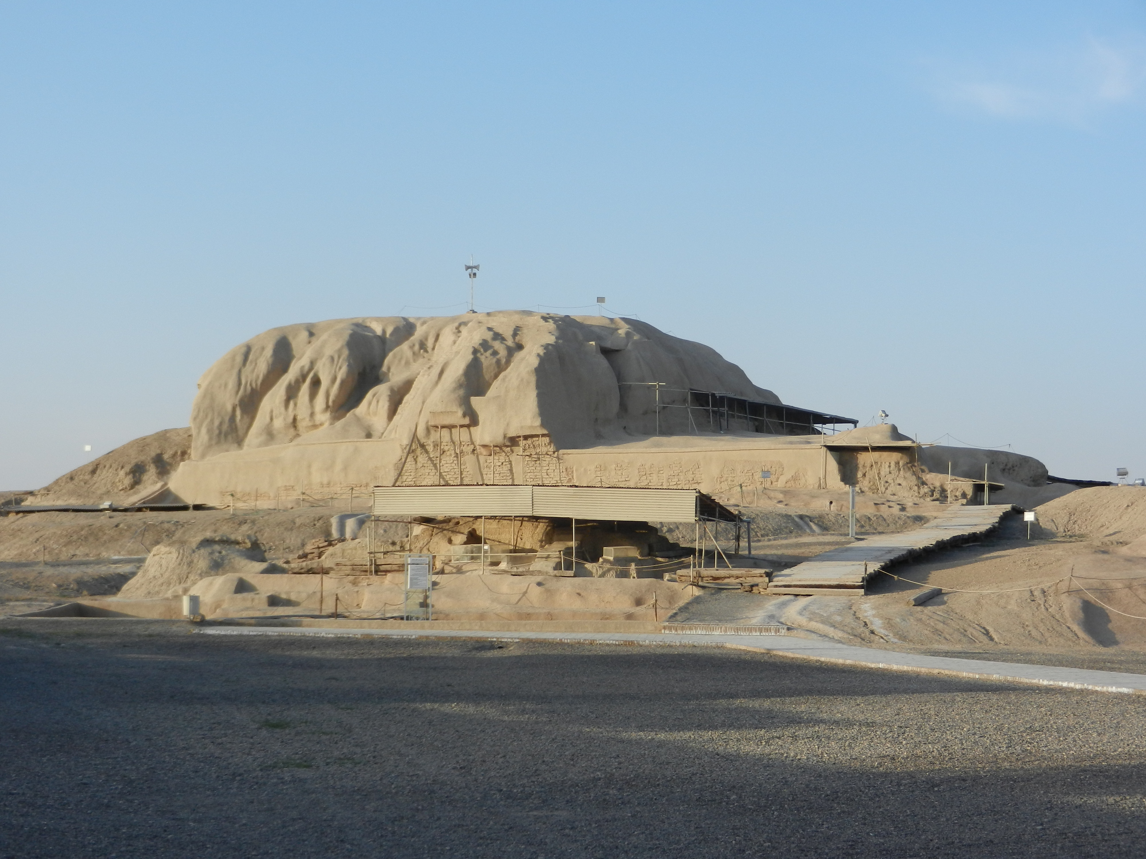 Tepe Sialk Ziggurat